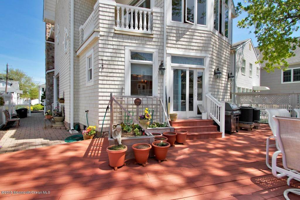 41. Single Family Homes at 555 Perch Avenue Manasquan, New Jersey 08736 United States
