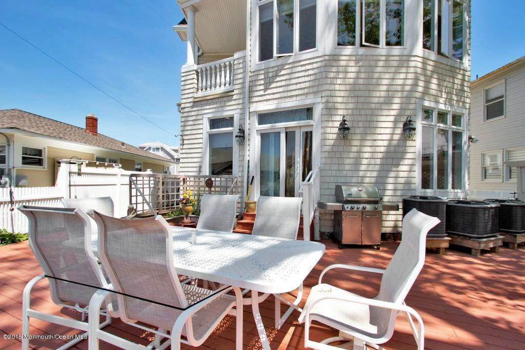 42. Single Family Homes at 555 Perch Avenue Manasquan, New Jersey 08736 United States