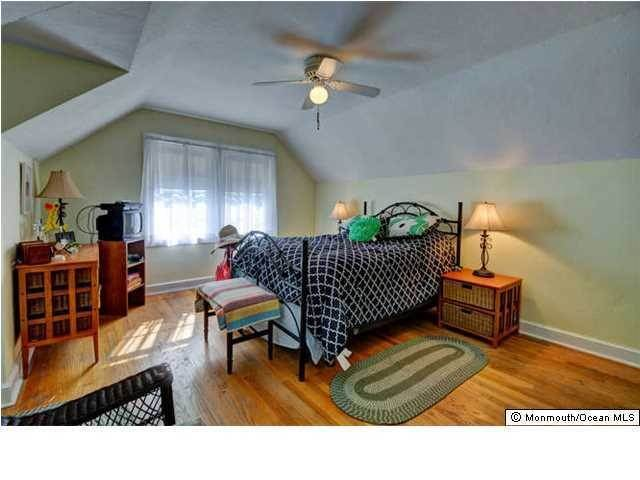 16. Single Family Homes for Sale at 326 South Boulevard Spring Lake, New Jersey 07762 United States