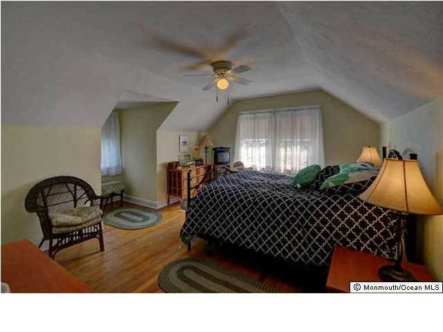 18. Single Family Homes for Sale at 326 South Boulevard Spring Lake, New Jersey 07762 United States