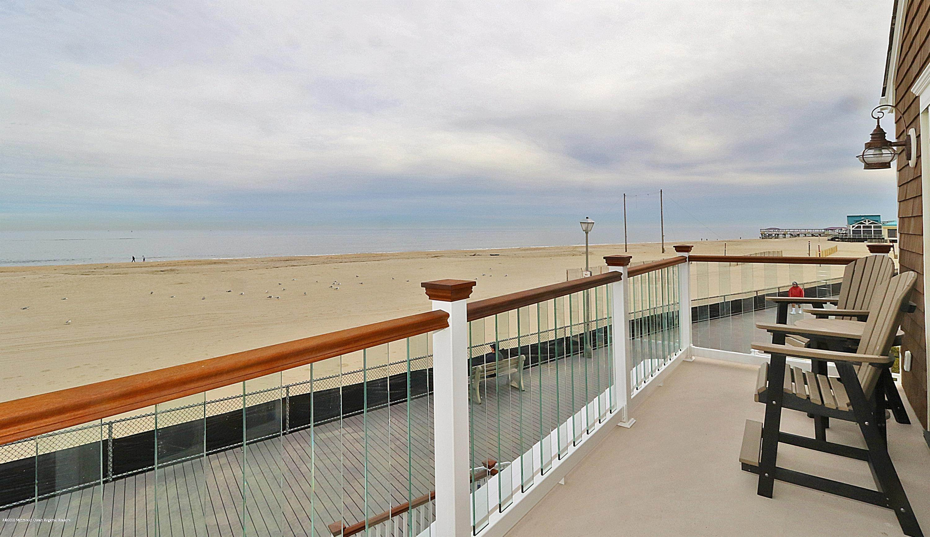 18. Single Family Homes for Sale at 229 Boardwalk Point Pleasant Beach, New Jersey 08742 United States