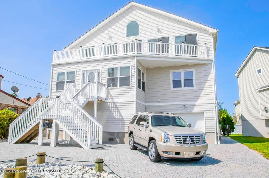 Single Family Homes for Sale at 1505 Saint Louis Avenue Point Pleasant Beach, New Jersey 08742 United States
