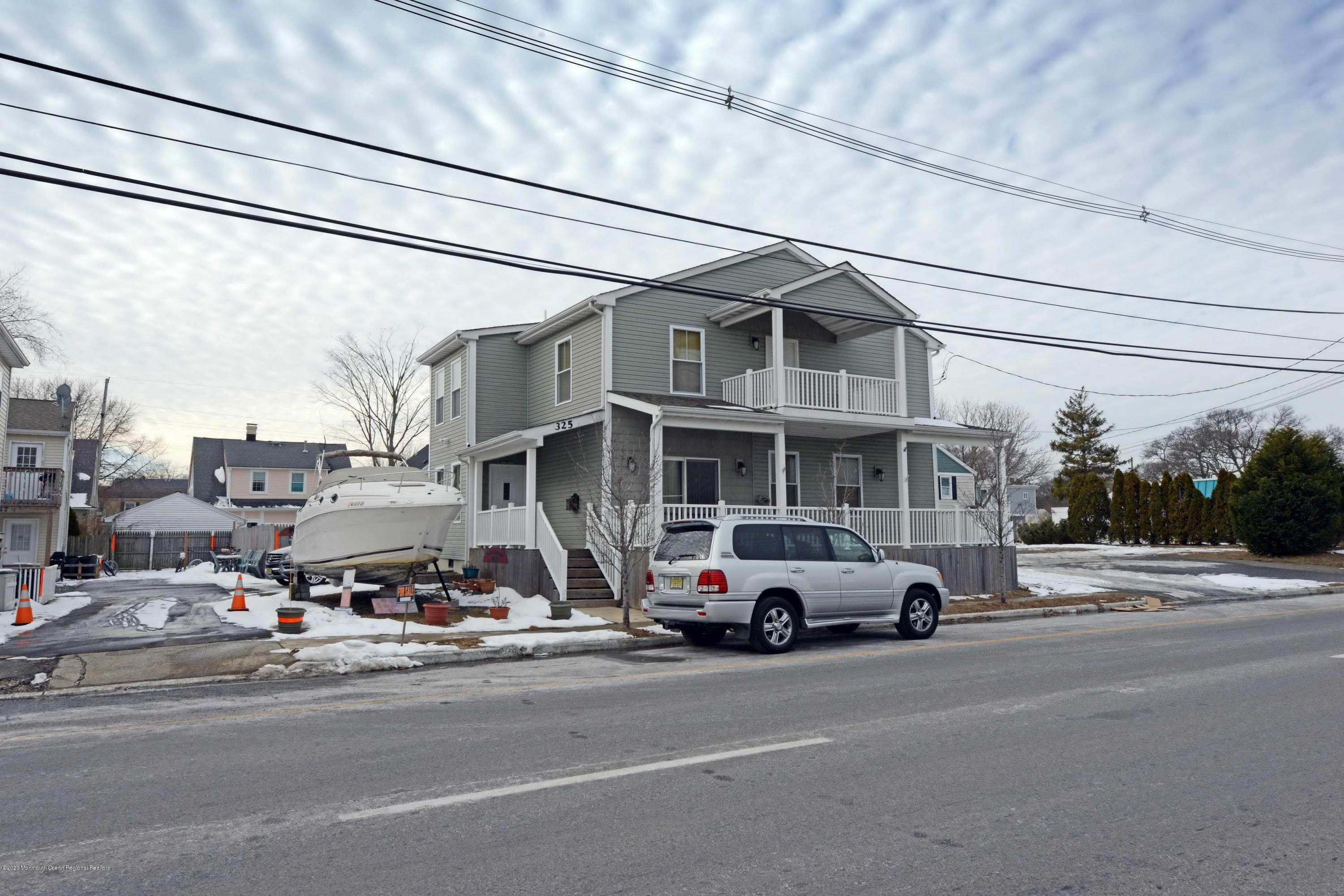 Single Family Homes for Sale at 325 Hawthorne Avenue Point Pleasant Beach, New Jersey 08742 United States