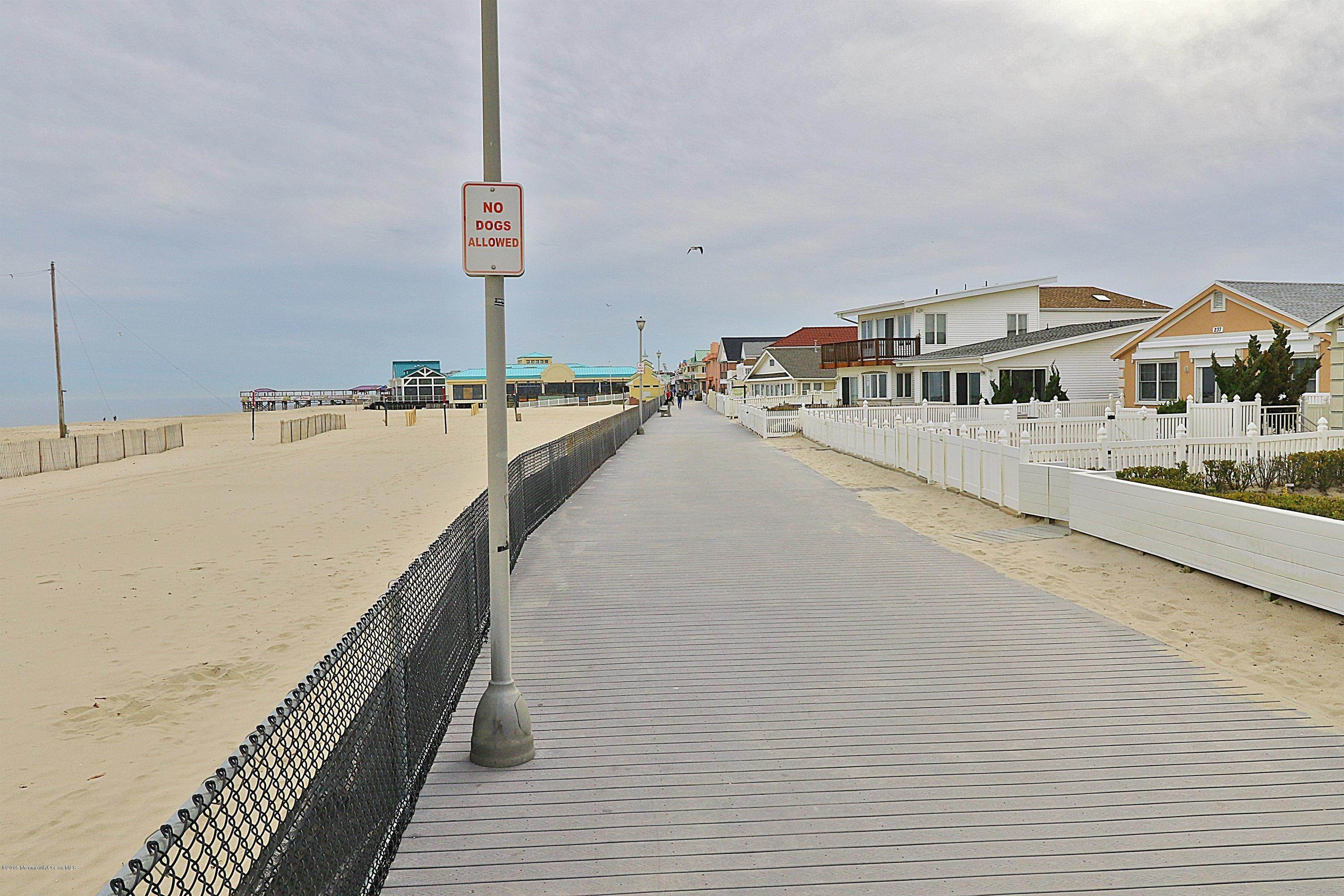 6. Single Family Homes for Sale at 231 Boardwalk Point Pleasant Beach, New Jersey 08742 United States