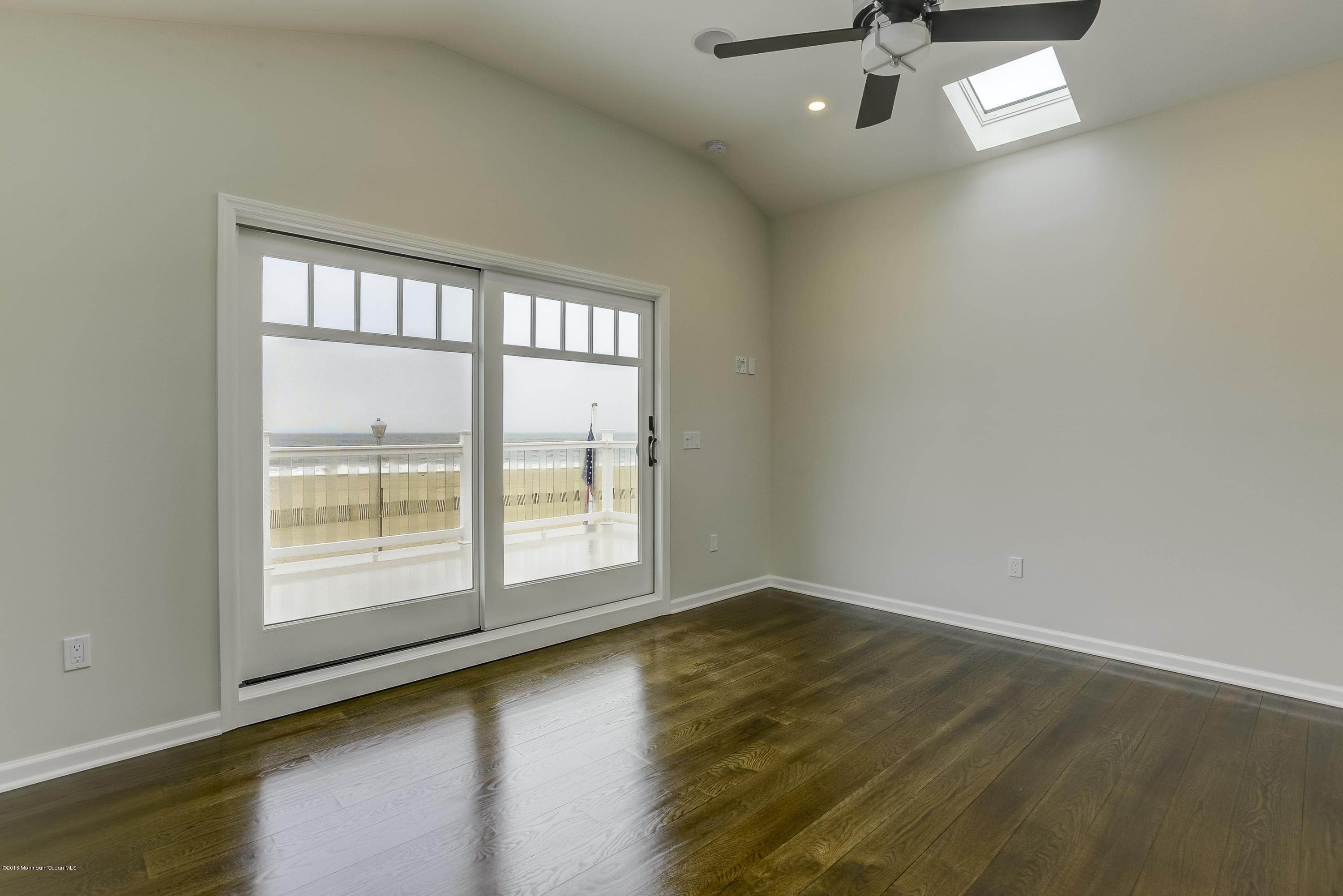26. Single Family Homes for Sale at 231 Boardwalk Point Pleasant Beach, New Jersey 08742 United States