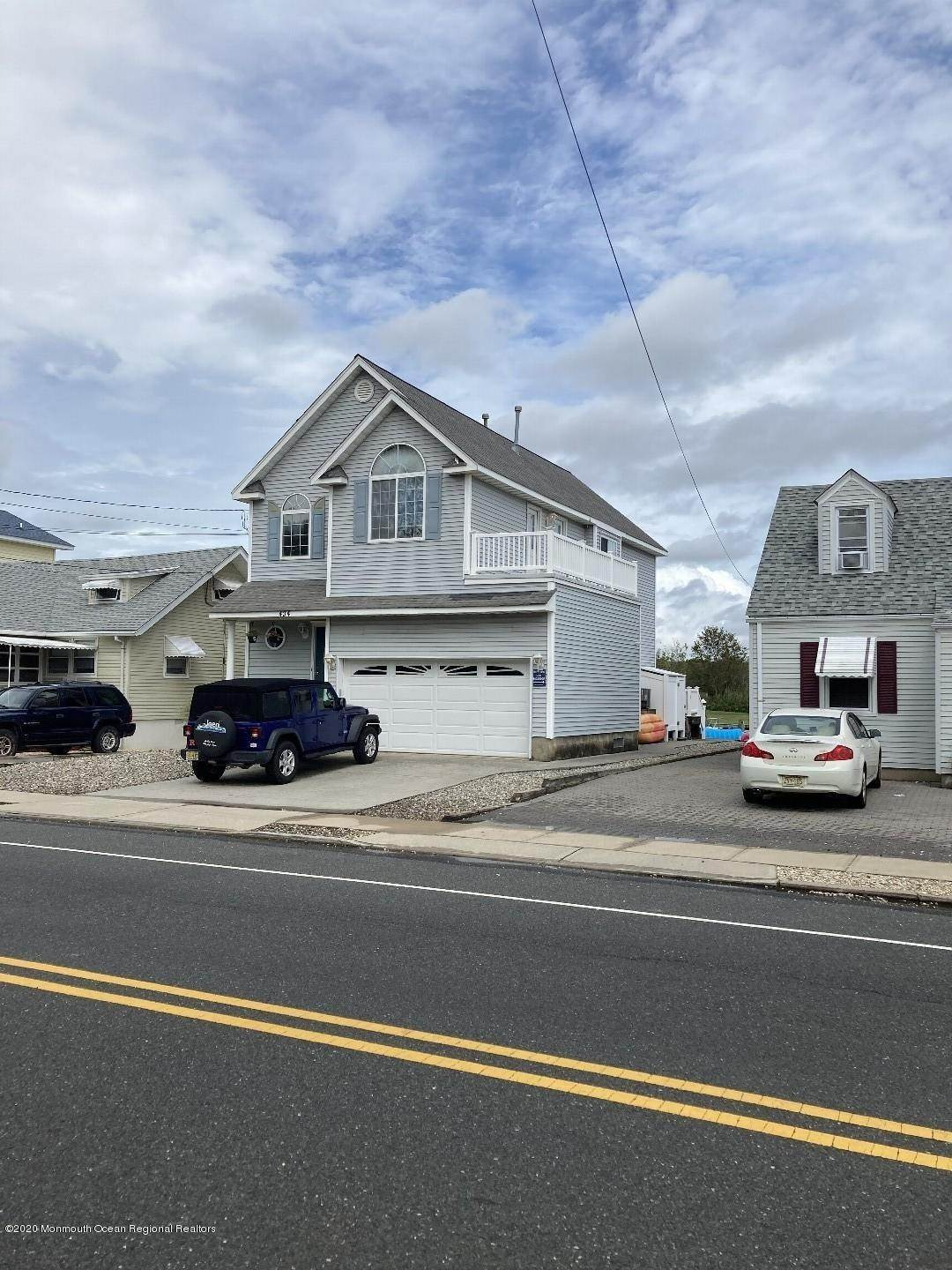 4. Single Family Homes for Sale at 434 Brielle Road Manasquan, New Jersey 08736 United States