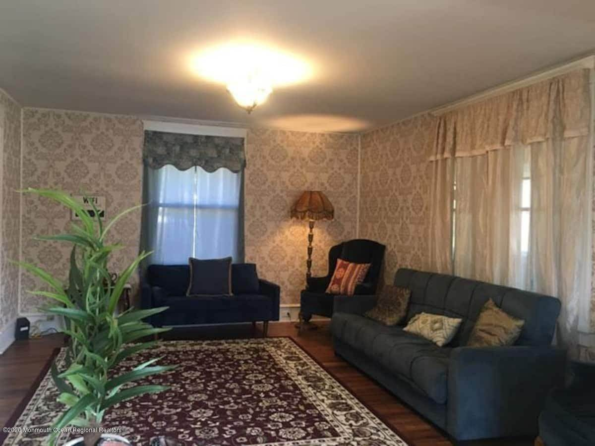 3. Single Family Homes for Sale at 1501 Beach Avenue Atlantic City, New Jersey 08400 United States