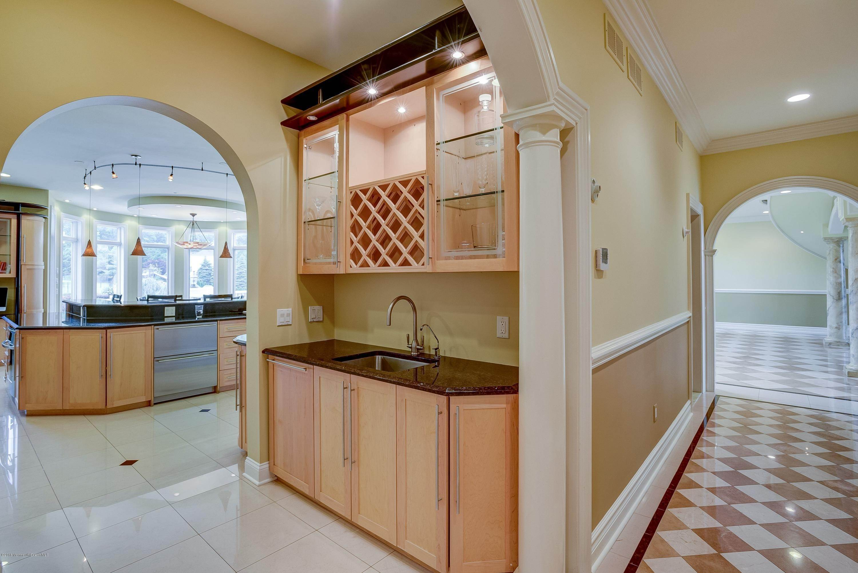 24. Single Family Homes for Sale at 8 Palazzo Grande Morganville, New Jersey 07751 United States
