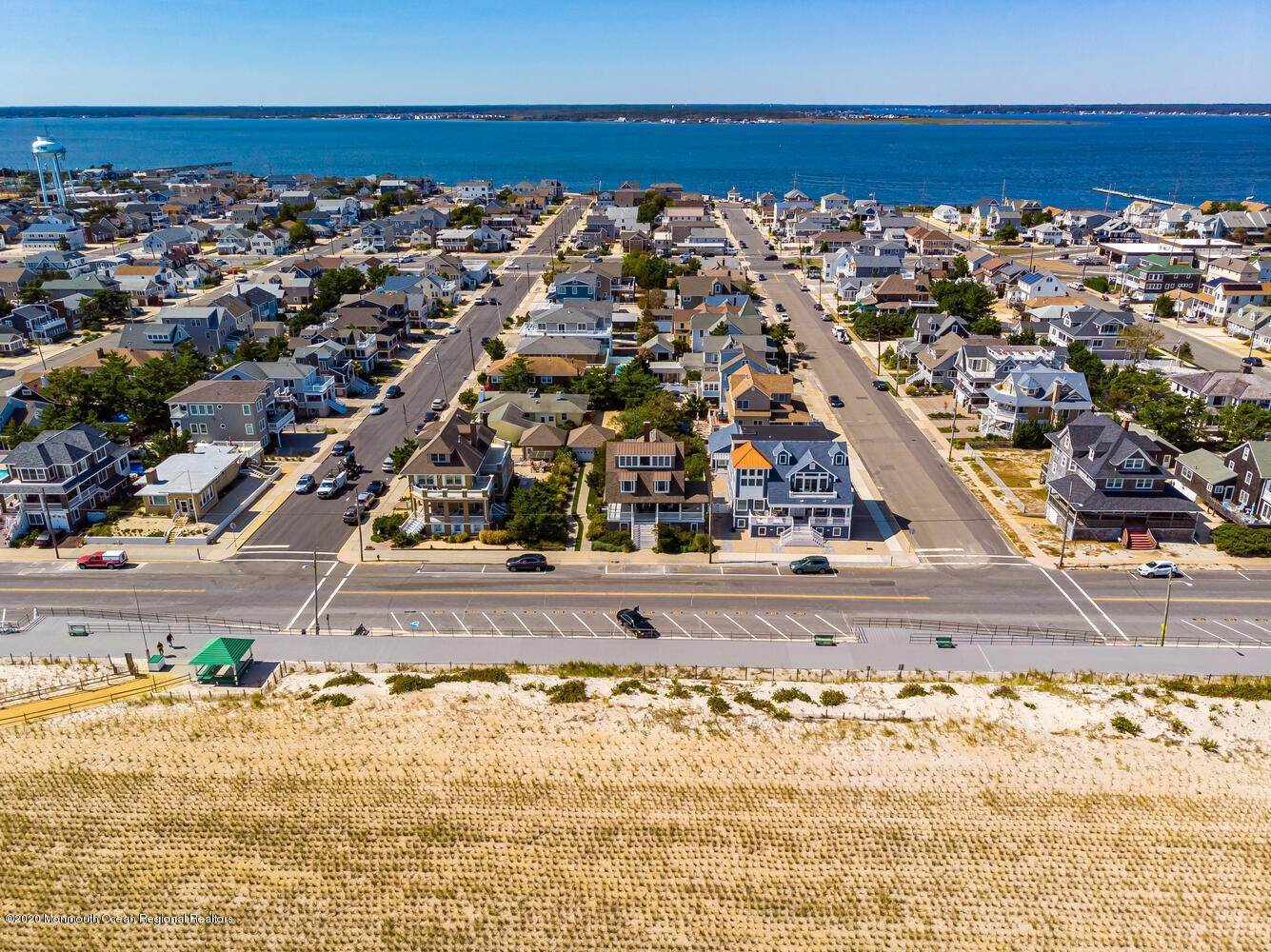 4. Single Family Homes for Sale at 809 Ocean Avenue Seaside Park, New Jersey 08752 United States