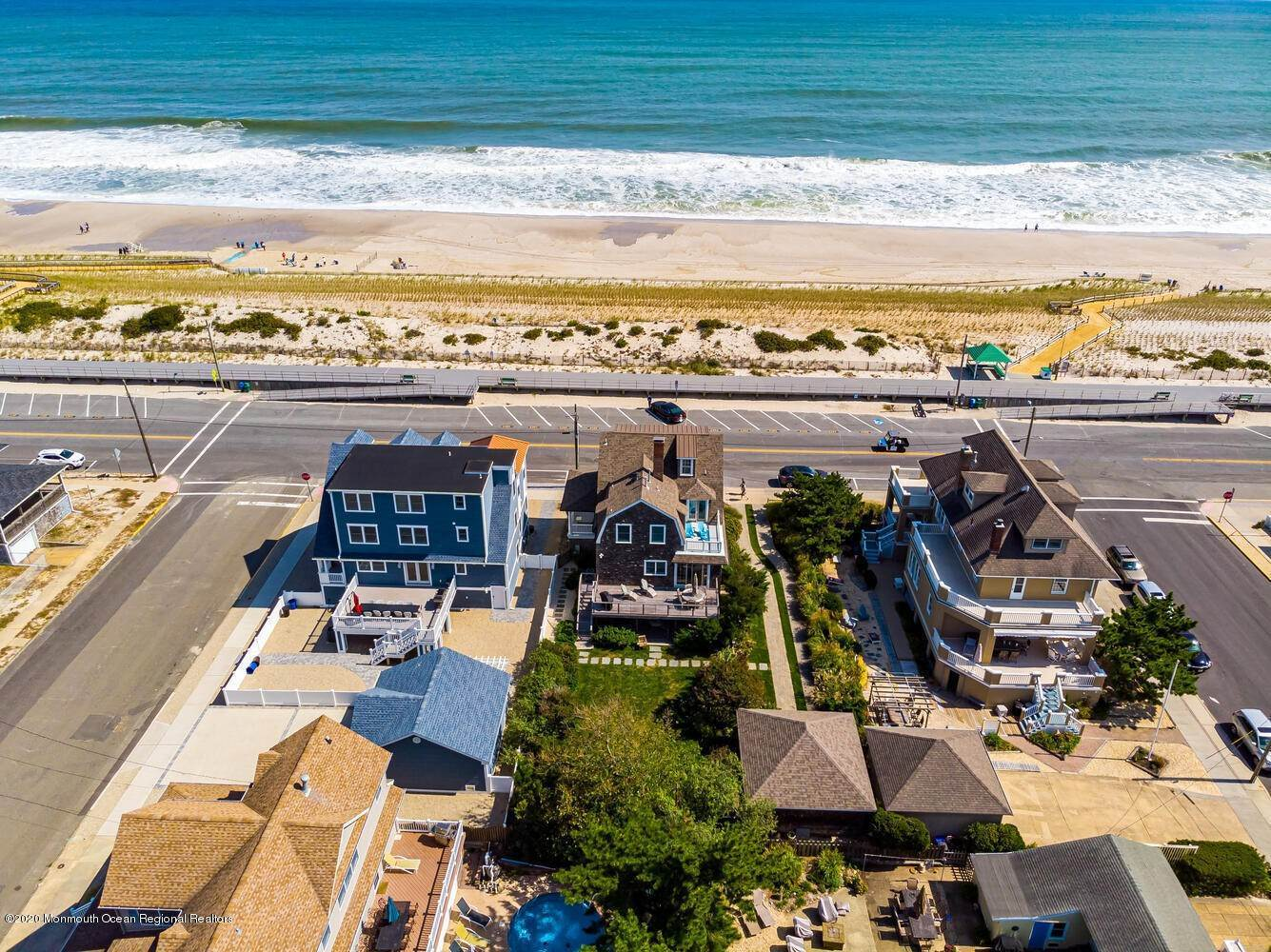 5. Single Family Homes for Sale at 809 Ocean Avenue Seaside Park, New Jersey 08752 United States