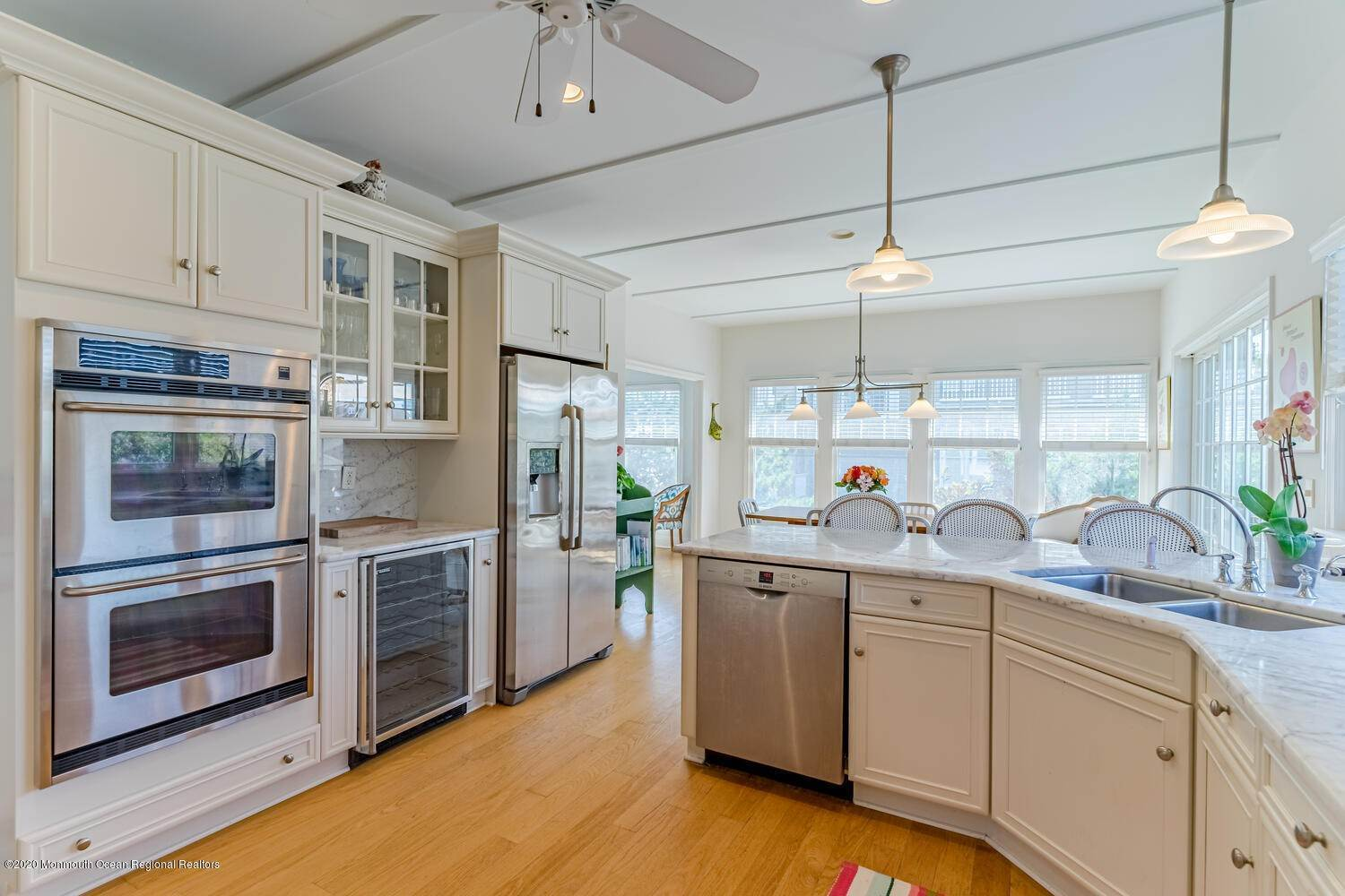 19. Single Family Homes for Sale at 809 Ocean Avenue Seaside Park, New Jersey 08752 United States