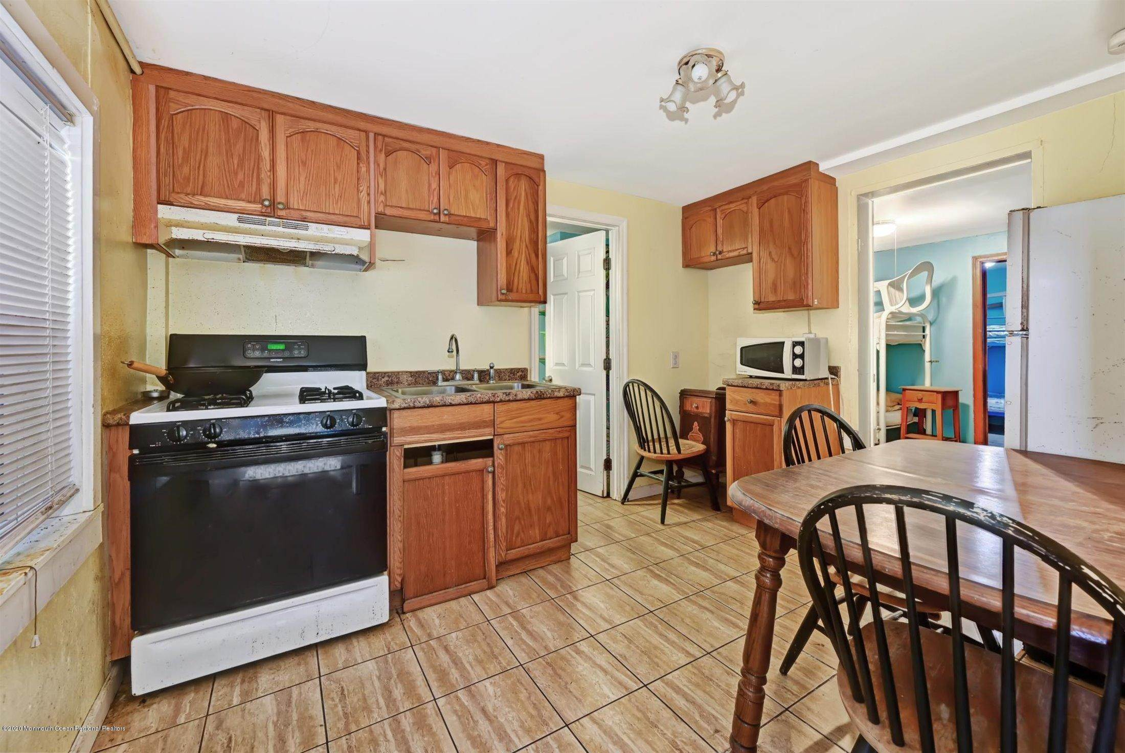 17. Single Family Homes for Sale at 115 Grant Avenue Seaside Heights, New Jersey 08751 United States