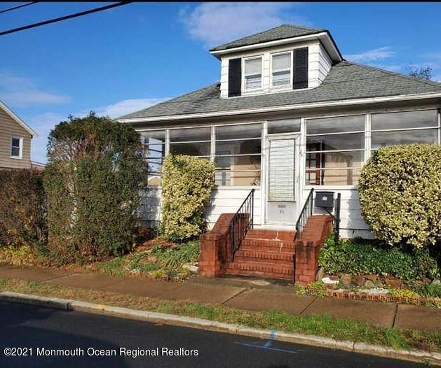 Single Family Homes for Sale at 35 Jeffrie Avenue South River, New Jersey 08882 United States