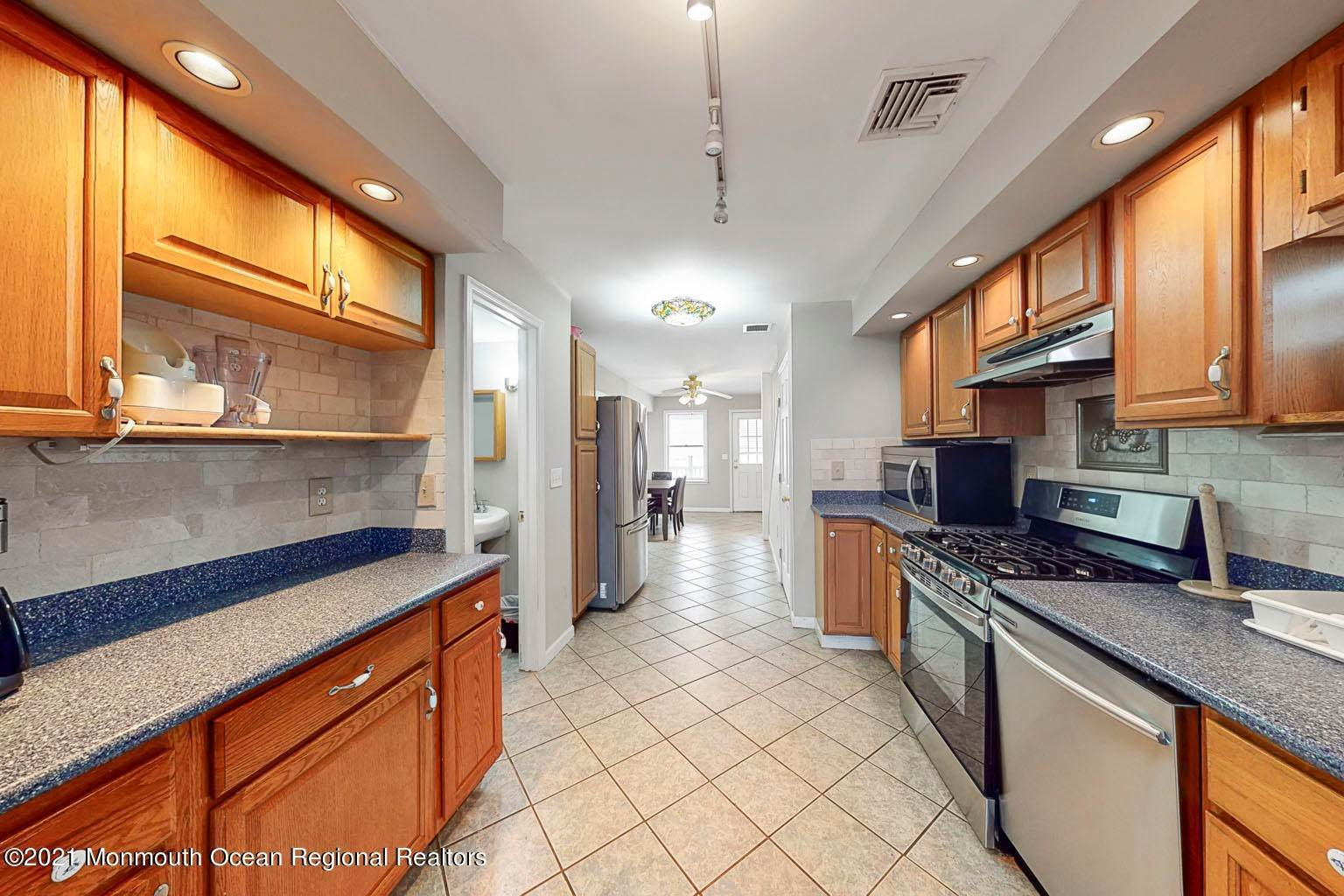 5. Single Family Homes for Sale at 112 Kearney Avenue Seaside Heights, New Jersey 08751 United States
