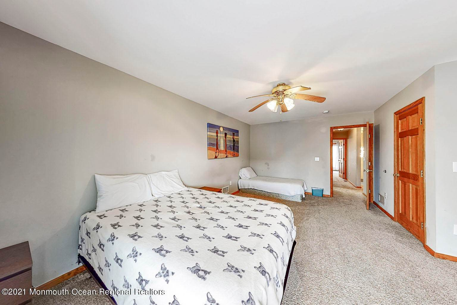 19. Single Family Homes for Sale at 112 Kearney Avenue Seaside Heights, New Jersey 08751 United States