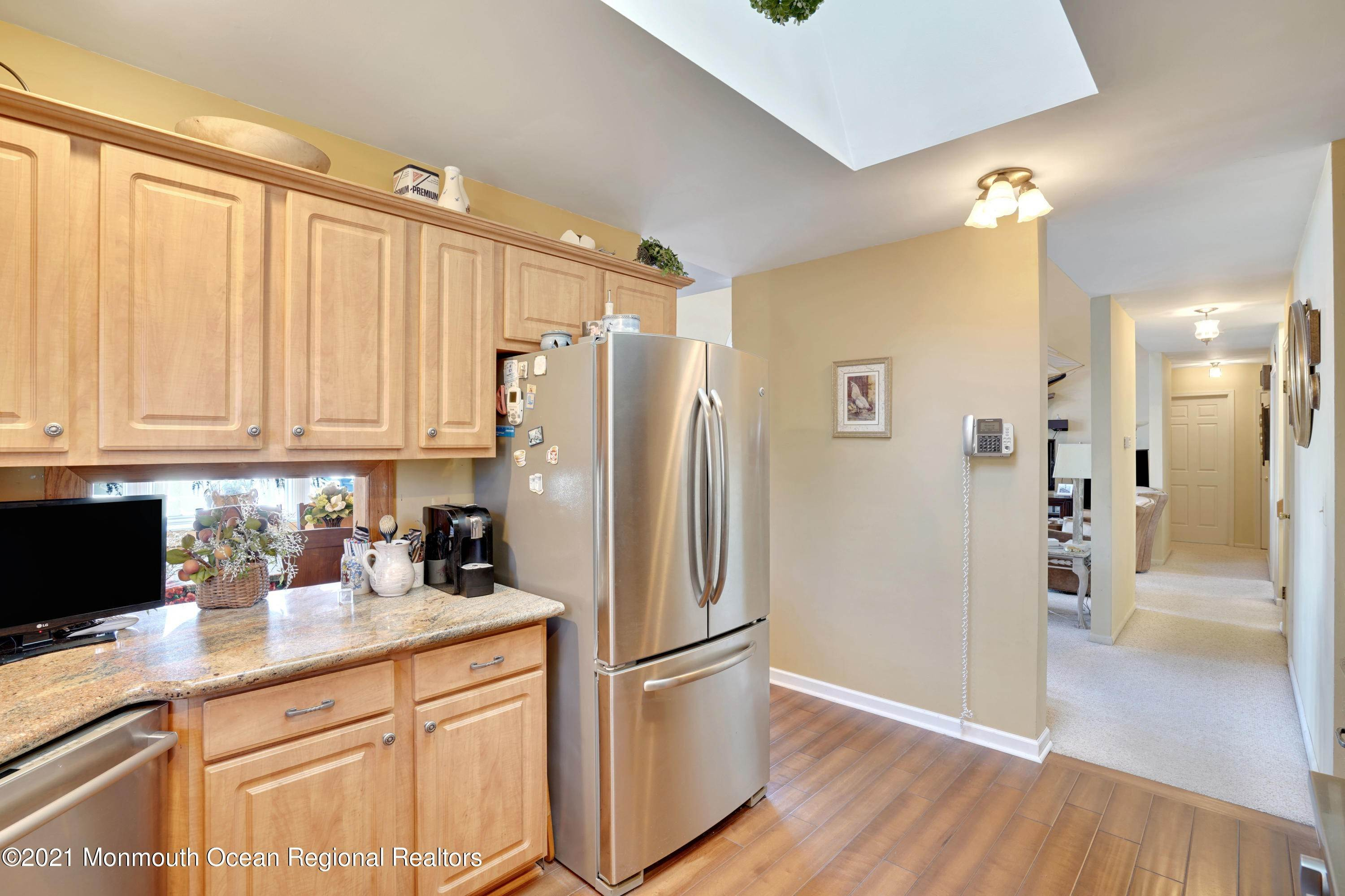 11. Single Family Homes for Sale at 721 Fairview Lane Forked River, New Jersey 08731 United States