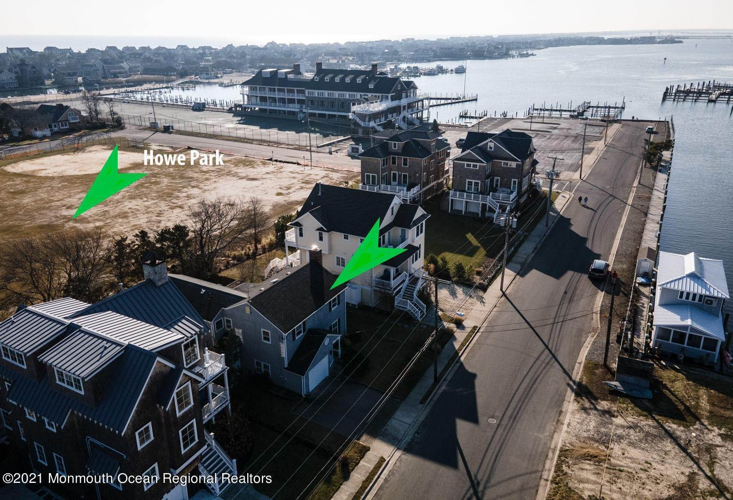 22. Single Family Homes for Sale at 547 Lake Avenue Bay Head, New Jersey 08742 United States