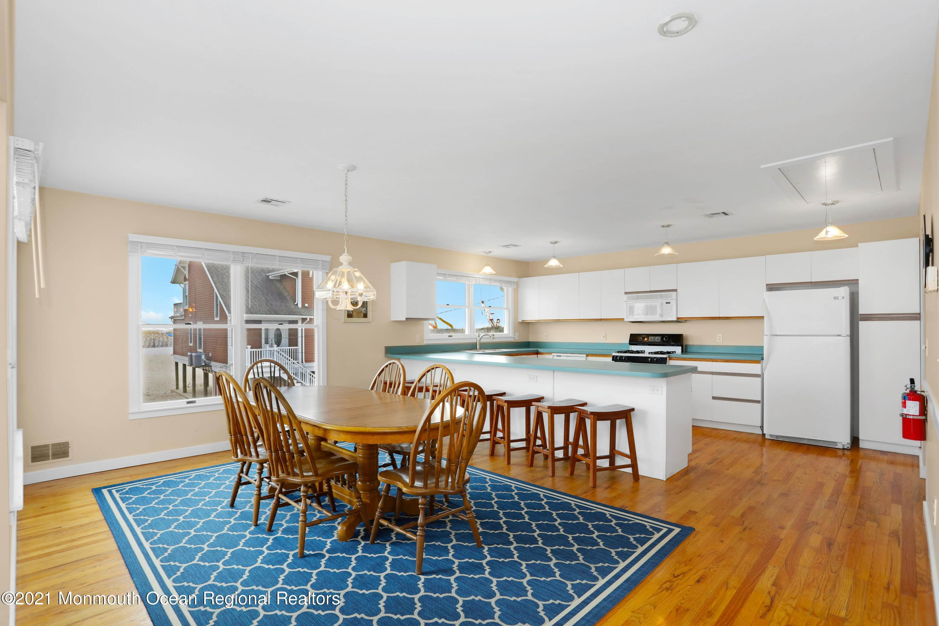 12. Single Family Homes for Sale at 1904 Beacon Lane Point Pleasant Beach, New Jersey 08742 United States