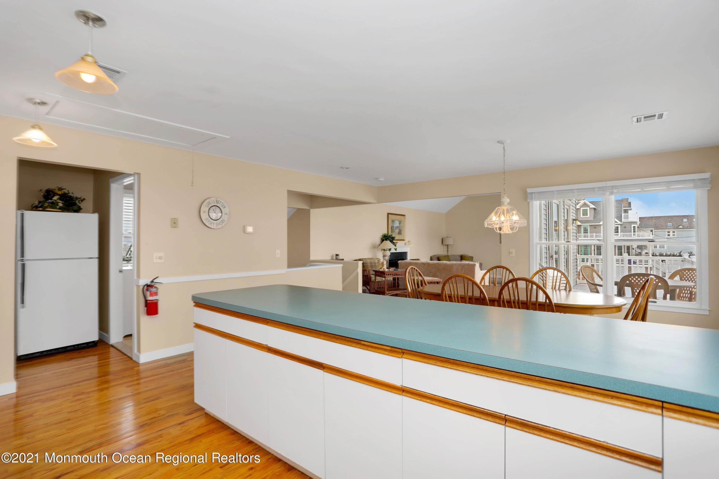 13. Single Family Homes for Sale at 1904 Beacon Lane Point Pleasant Beach, New Jersey 08742 United States
