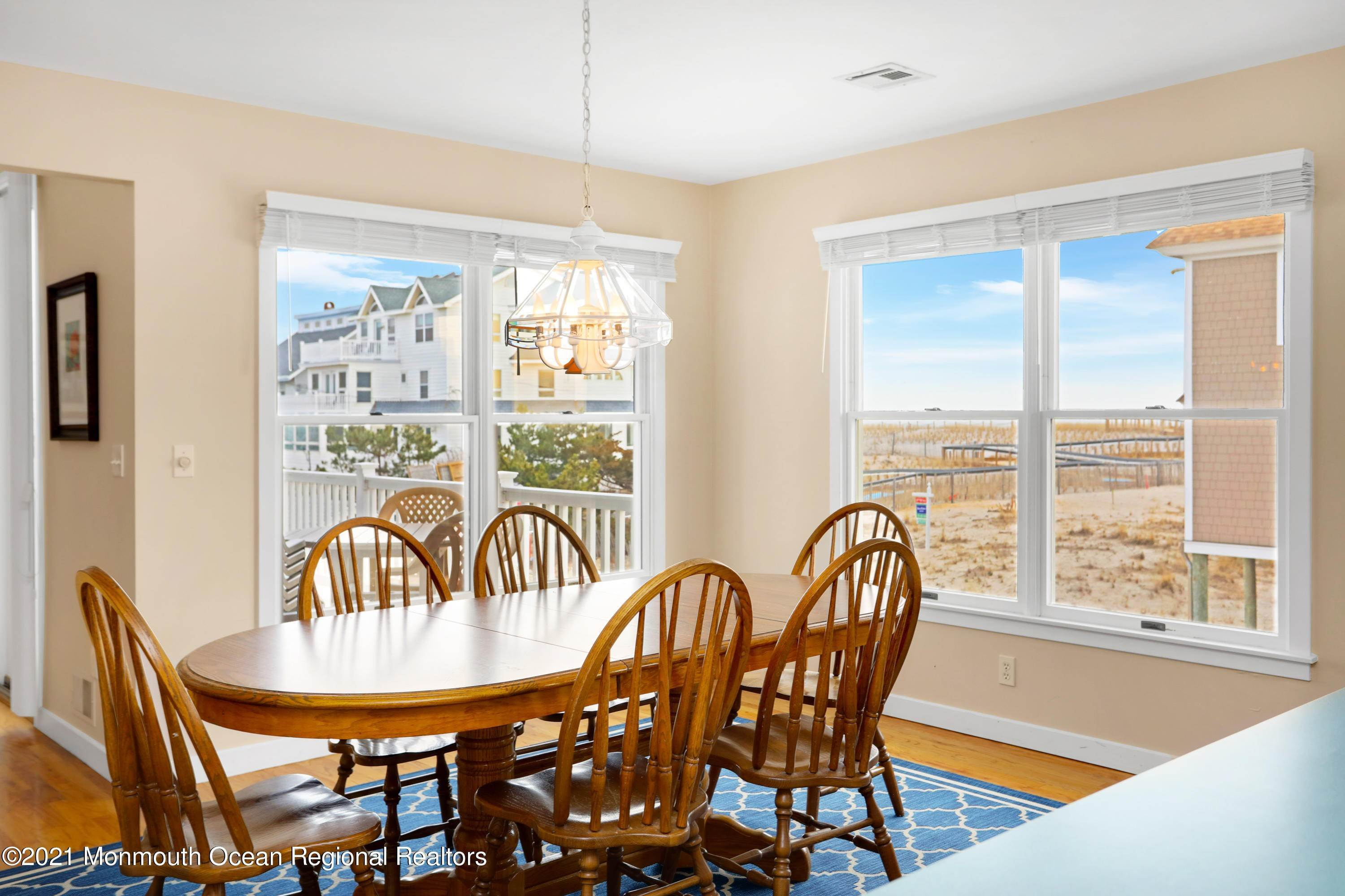 16. Single Family Homes for Sale at 1904 Beacon Lane Point Pleasant Beach, New Jersey 08742 United States