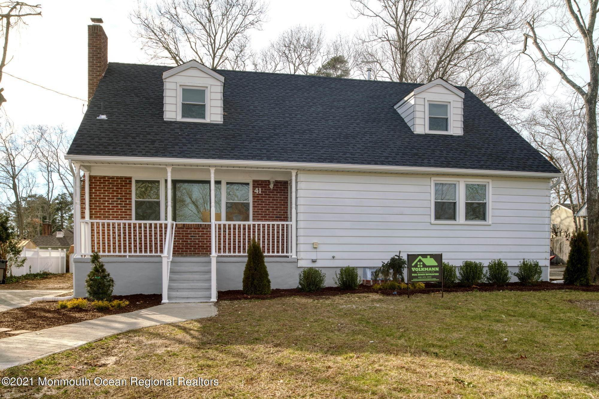 Single Family Homes for Sale at 41 Cornell Drive Manahawkin, New Jersey 08050 United States