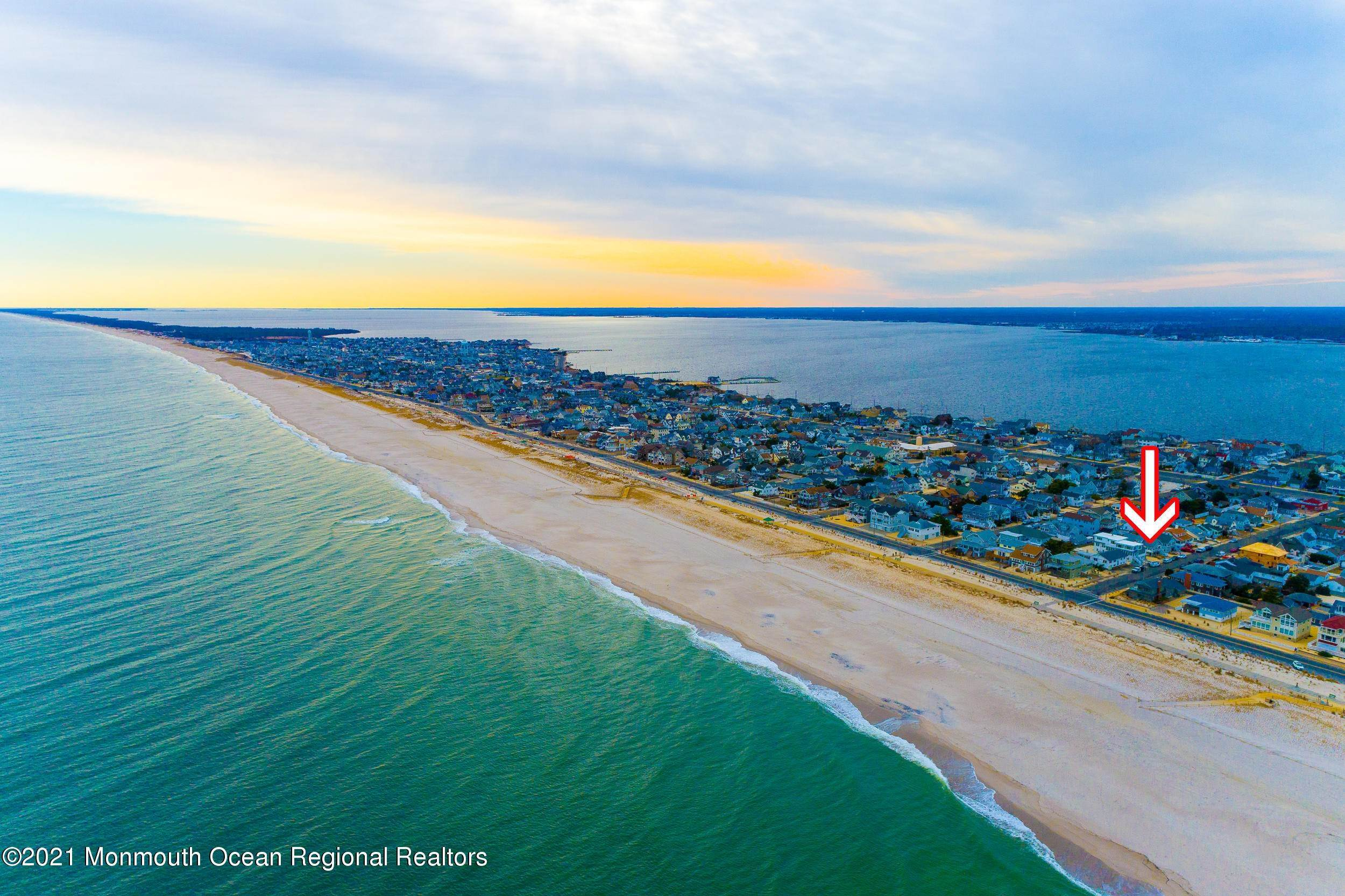 43. Multi-Family Homes for Sale at 17 I Street Seaside Park, New Jersey 08752 United States
