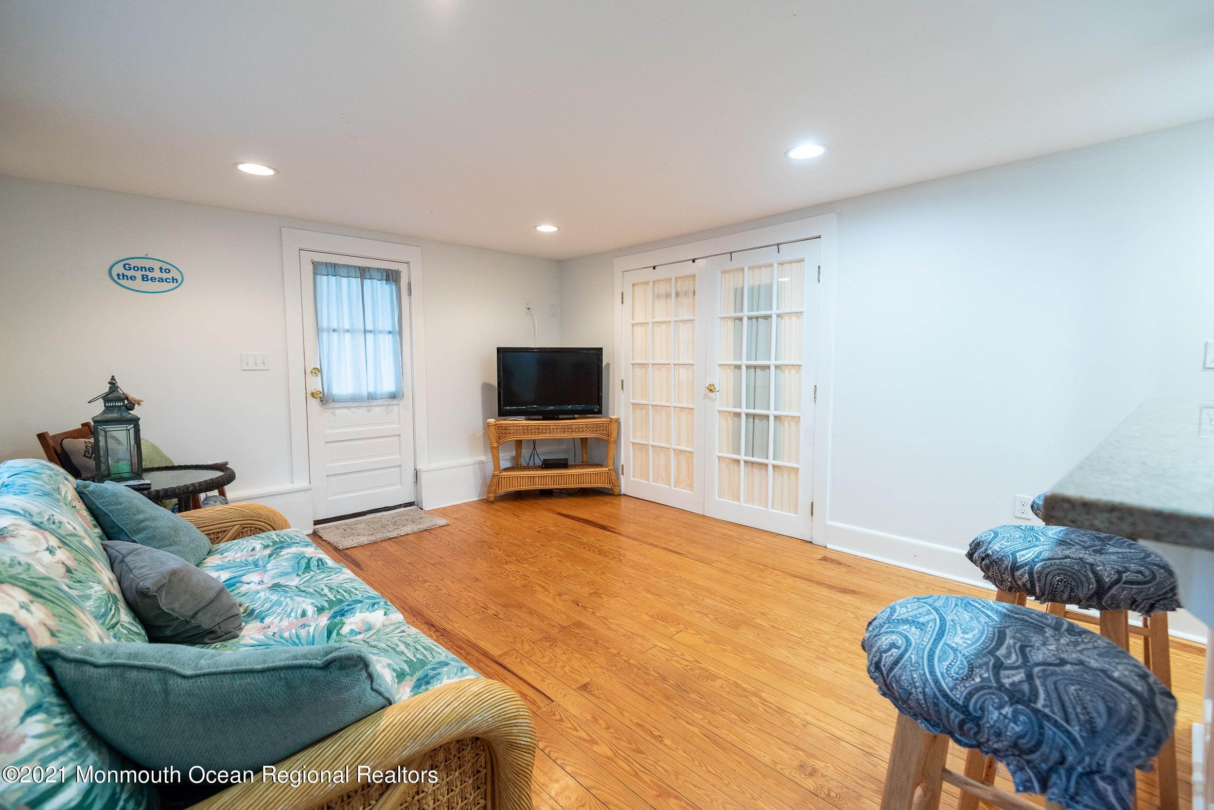 6. Multi-Family Homes for Sale at 17 I Street Seaside Park, New Jersey 08752 United States