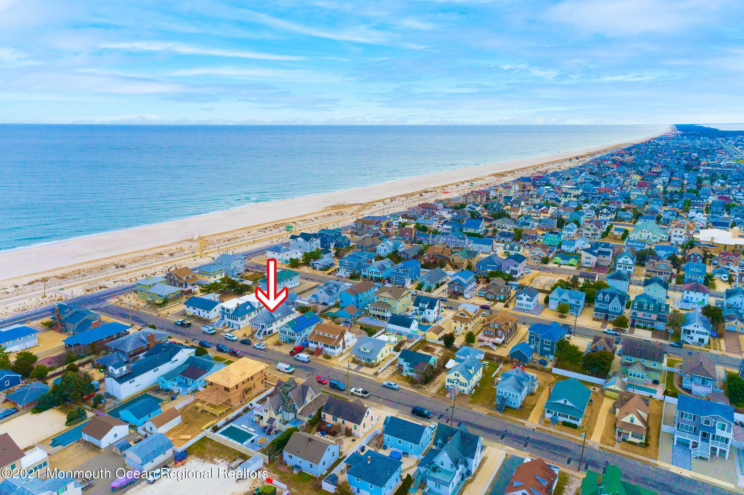 40. Multi-Family Homes for Sale at 17 I Street Seaside Park, New Jersey 08752 United States