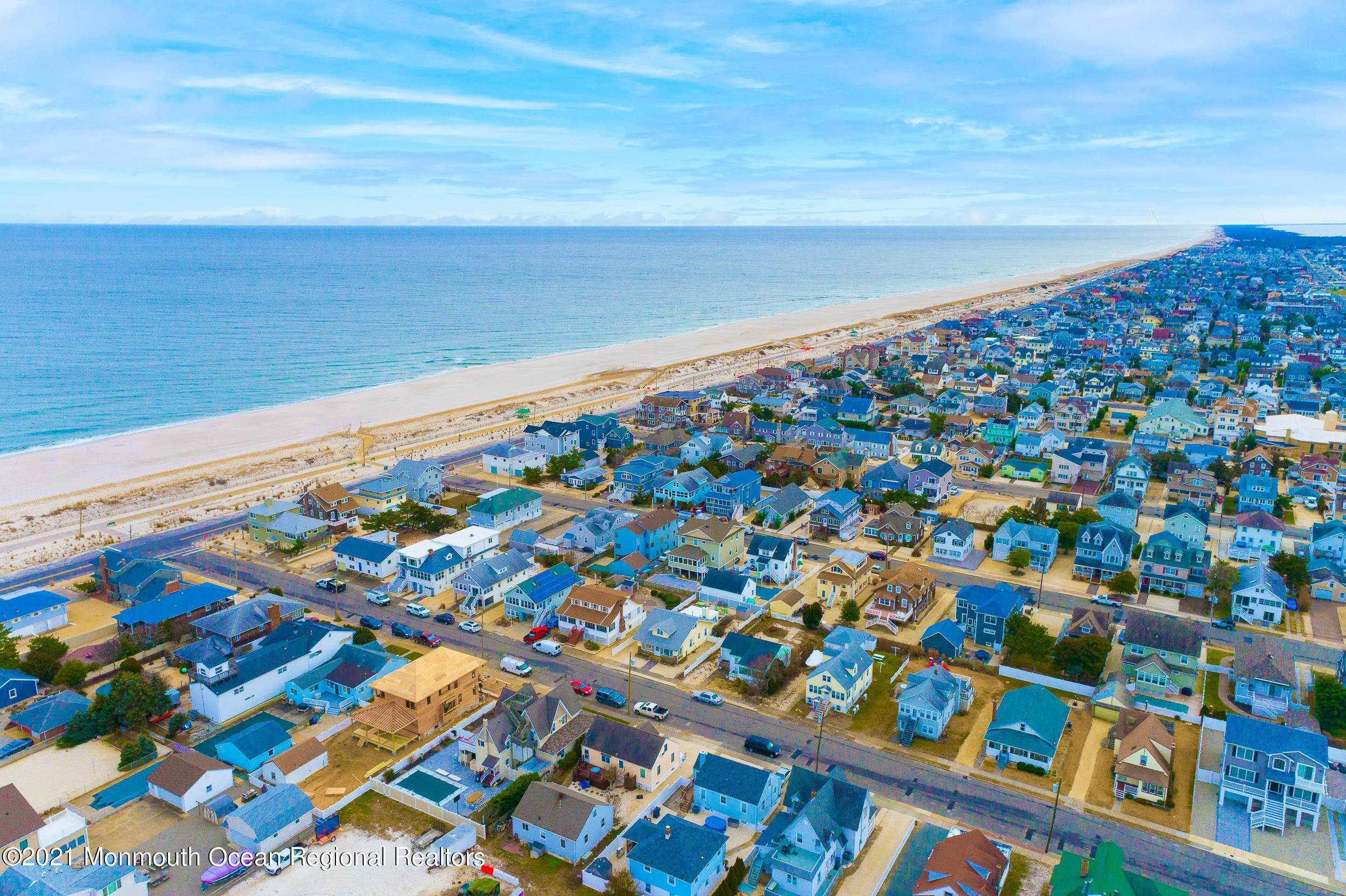 41. Multi-Family Homes for Sale at 17 I Street Seaside Park, New Jersey 08752 United States