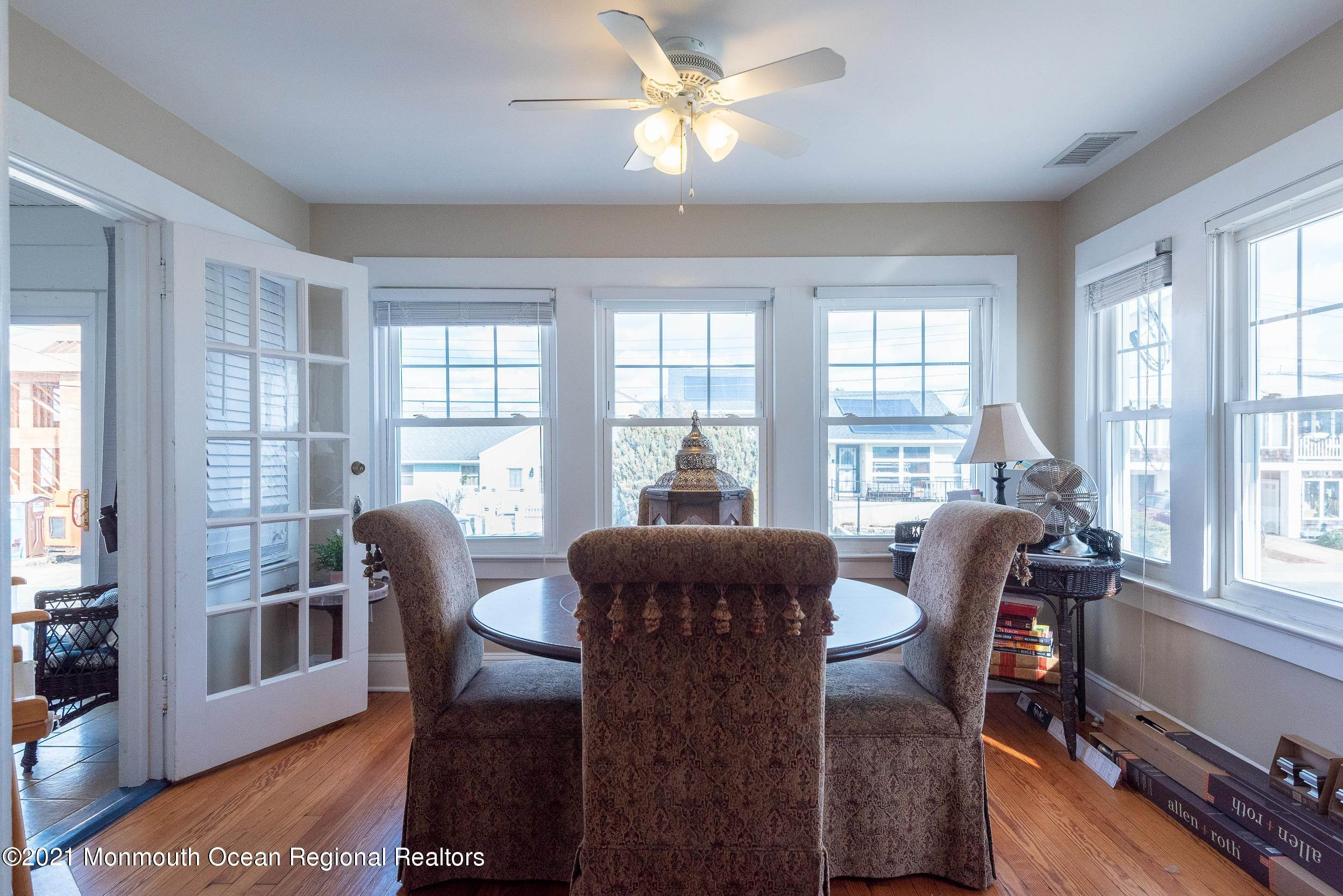 16. Multi-Family Homes for Sale at 17 I Street Seaside Park, New Jersey 08752 United States