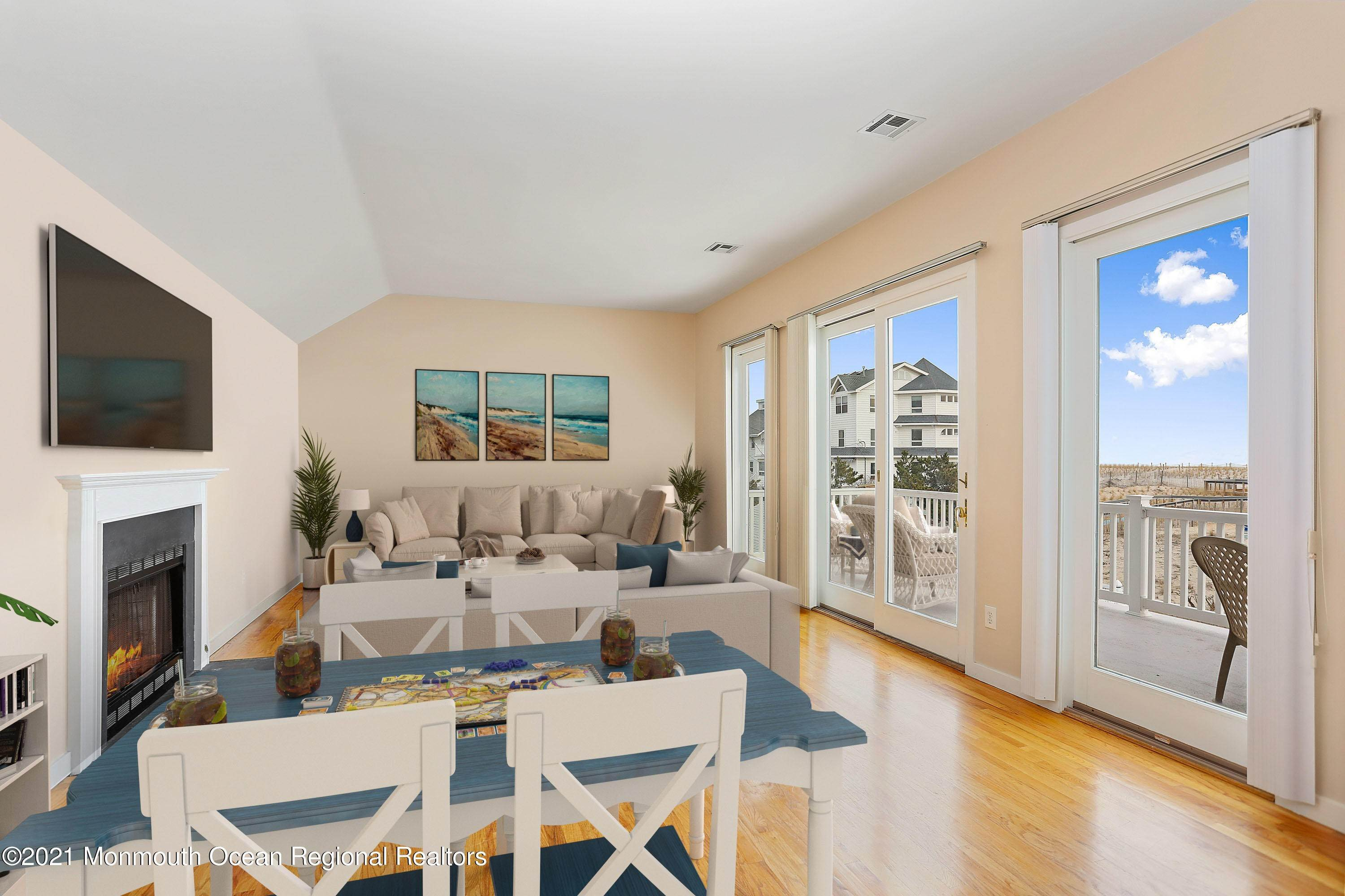 18. Single Family Homes for Sale at 1904 Beacon Lane Point Pleasant Beach, New Jersey 08742 United States