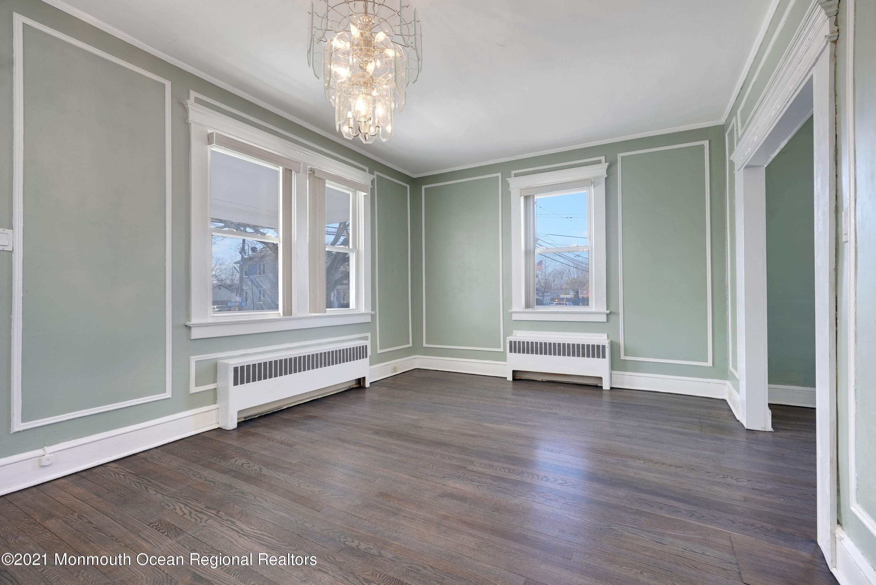 13. Single Family Homes for Sale at 1415 Asbury Avenue Asbury Park, New Jersey 07712 United States