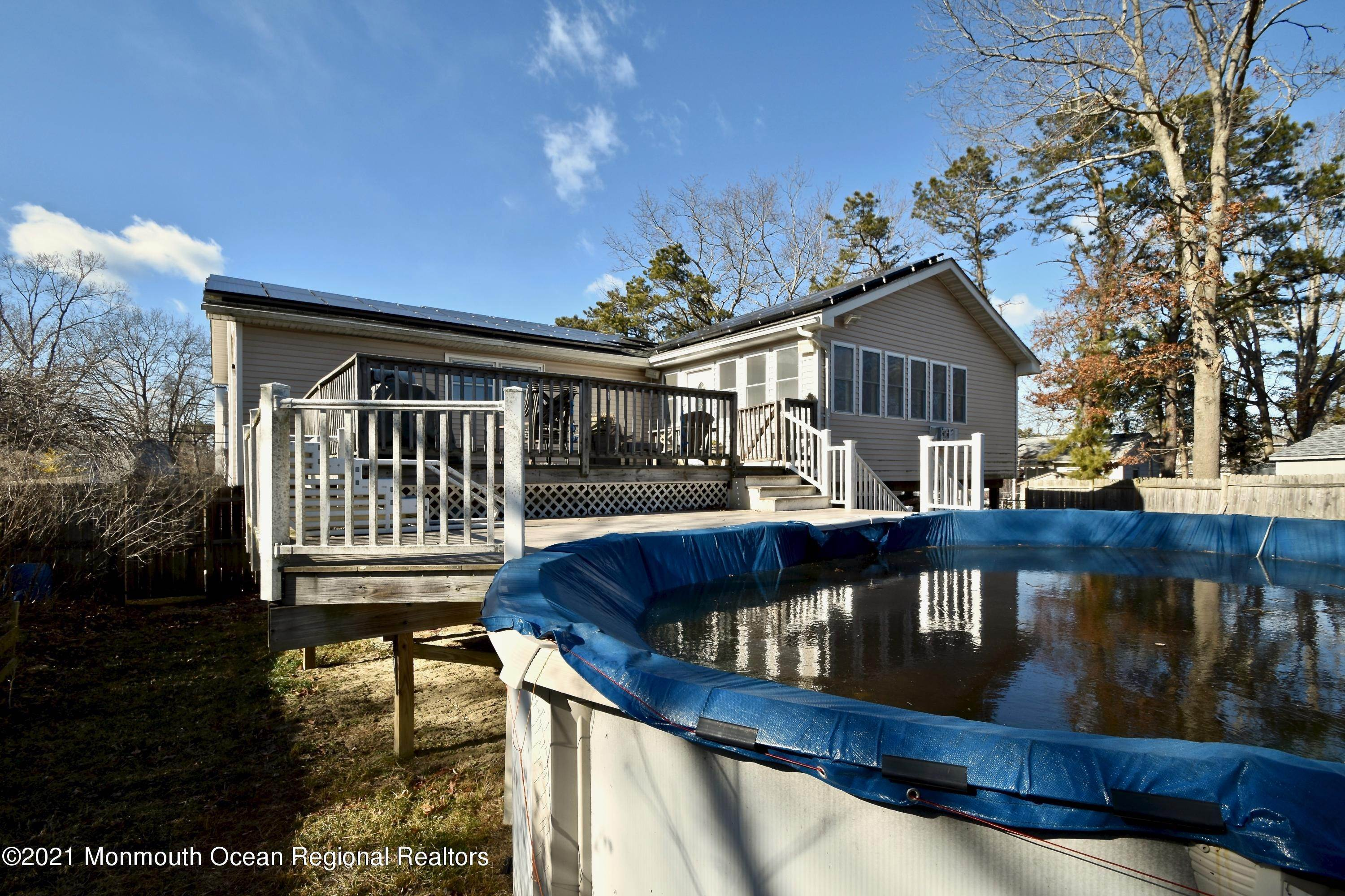 33. Single Family Homes for Sale at 51 Mermaid Drive Manahawkin, New Jersey 08050 United States