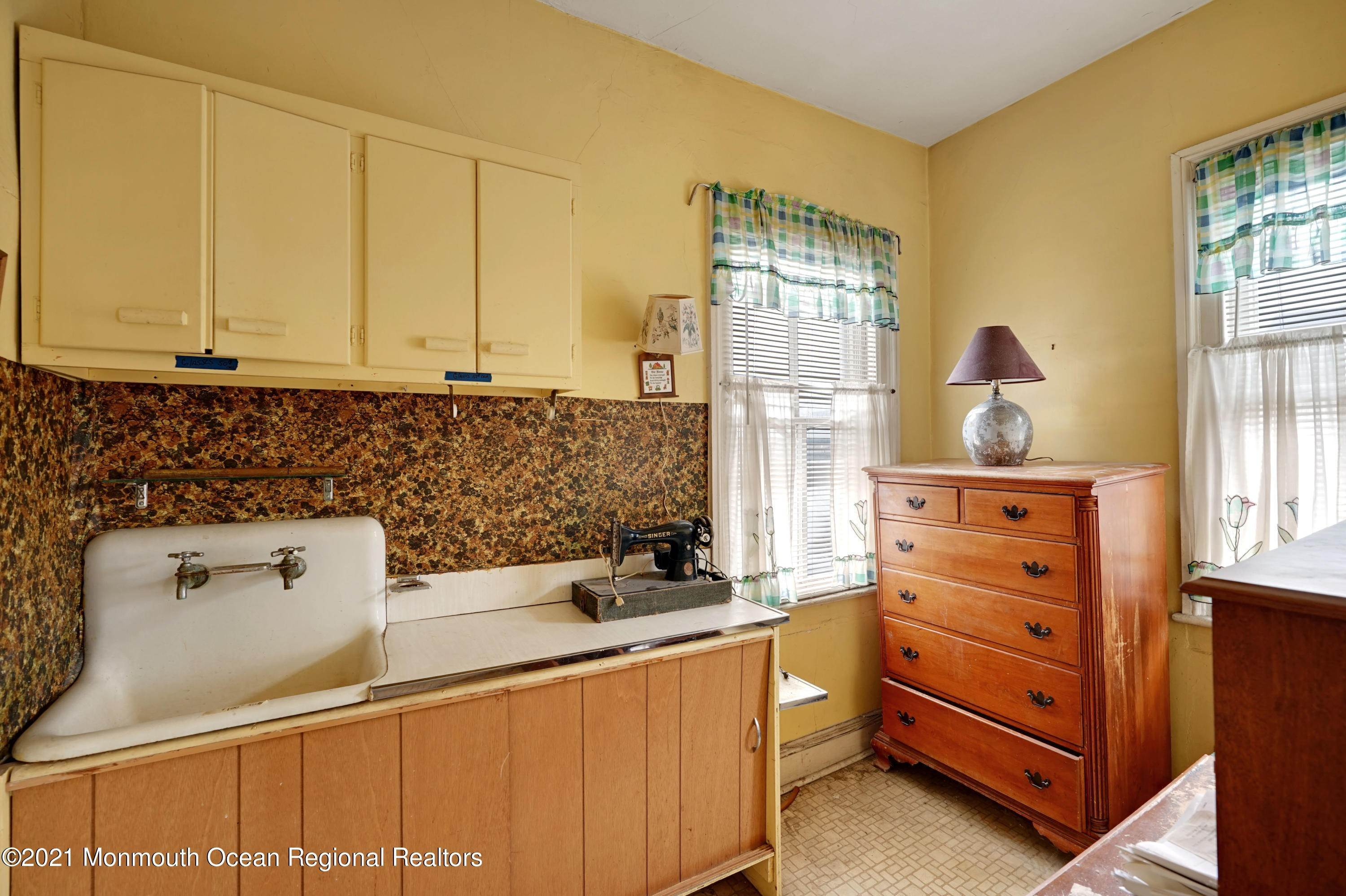 10. Single Family Homes for Sale at 621 Sewall Avenue Asbury Park, New Jersey 07712 United States