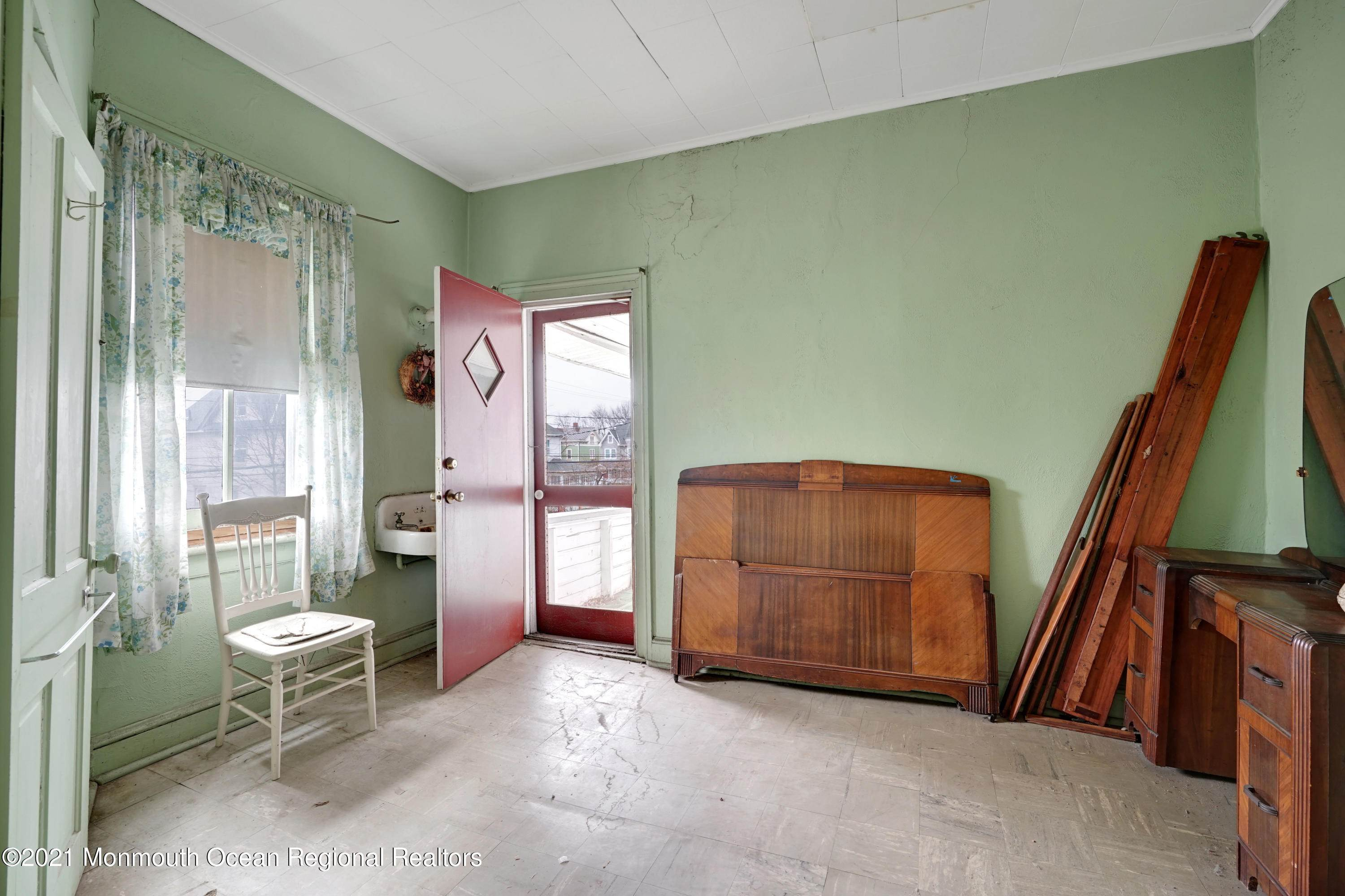 13. Single Family Homes for Sale at 621 Sewall Avenue Asbury Park, New Jersey 07712 United States
