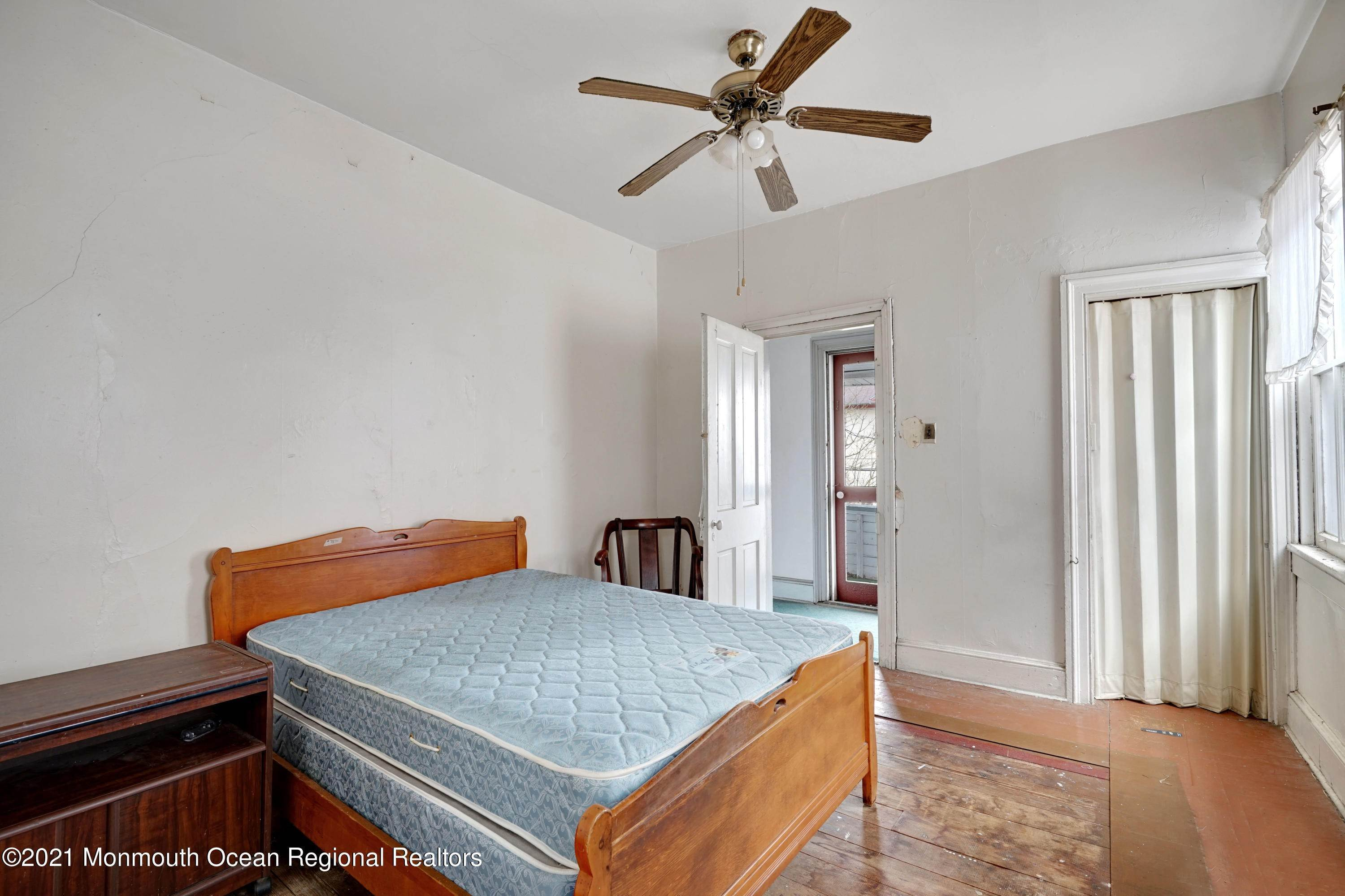 21. Single Family Homes for Sale at 621 Sewall Avenue Asbury Park, New Jersey 07712 United States