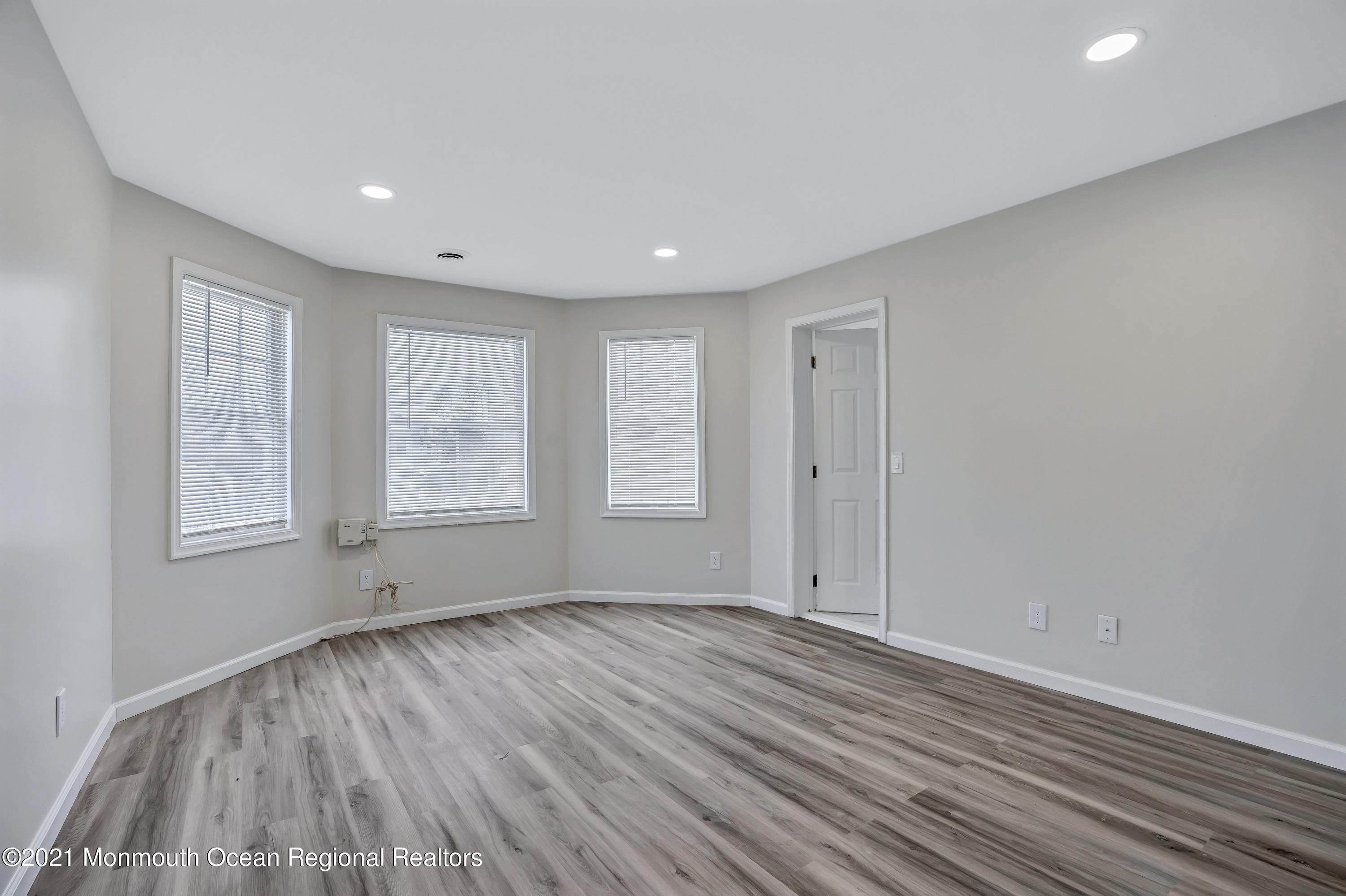 23. Single Family Homes for Sale at 1523 Summerfield Avenue Asbury Park, New Jersey 07712 United States