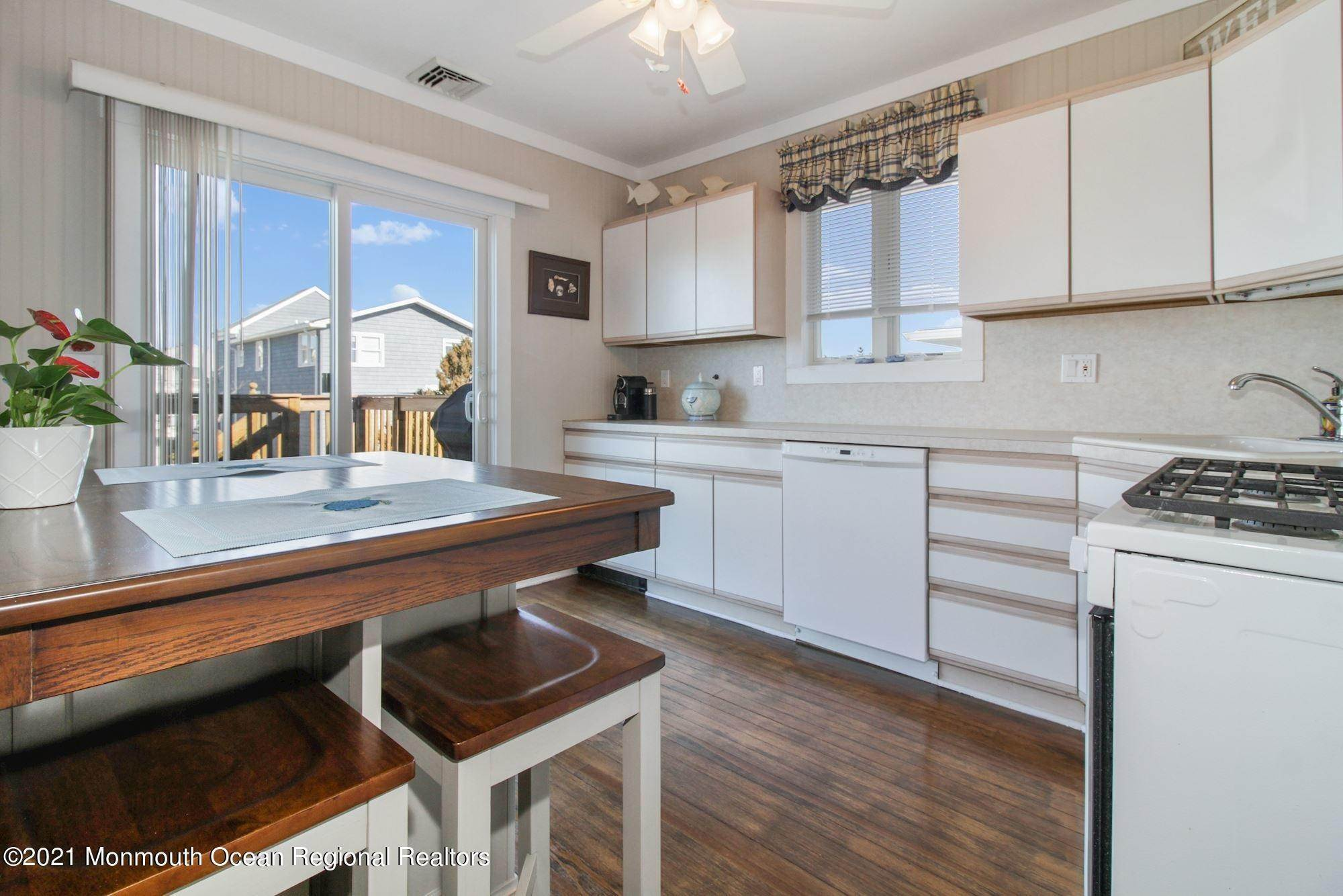 9. Multi-Family Homes for Sale at 26 G Street Seaside Park, New Jersey 08752 United States