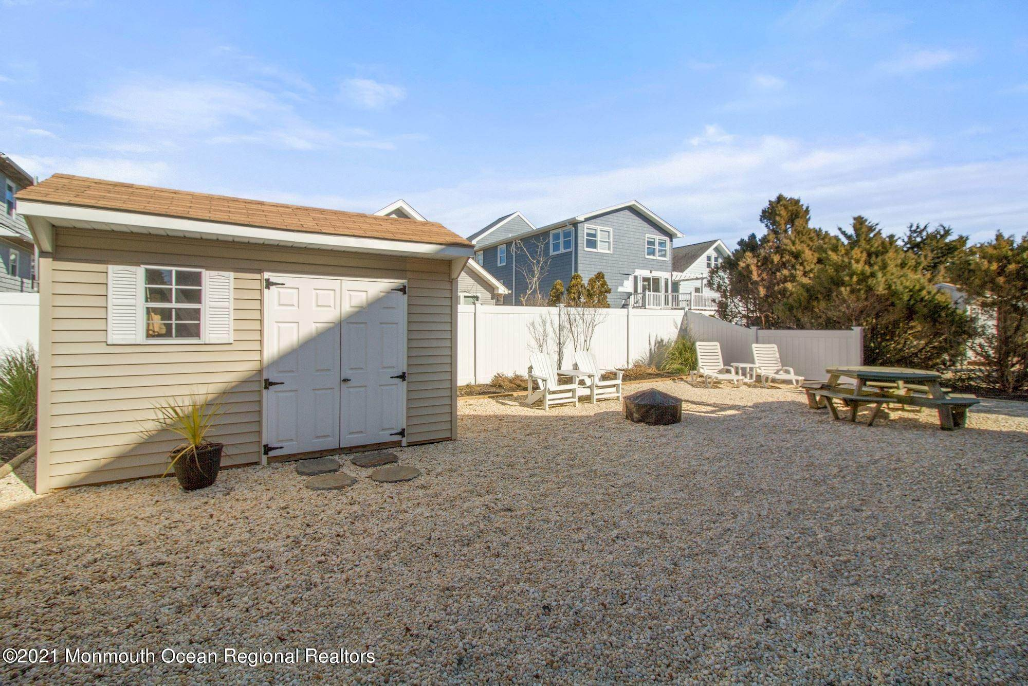 35. Multi-Family Homes for Sale at 26 G Street Seaside Park, New Jersey 08752 United States