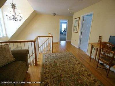 20. Single Family Homes for Sale at 90 Kettle Creek Road Toms River, New Jersey 08753 United States