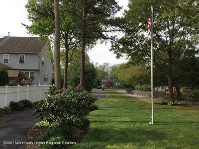 23. Single Family Homes for Sale at 90 Kettle Creek Road Toms River, New Jersey 08753 United States