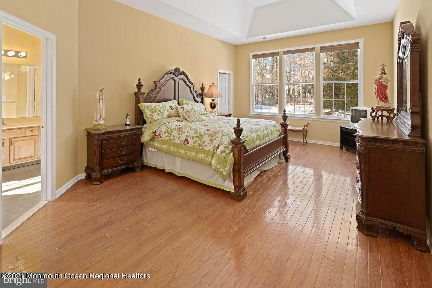 43. Single Family Homes for Sale at 10 Whitecaps Terr Terrace Barnegat, New Jersey 08005 United States