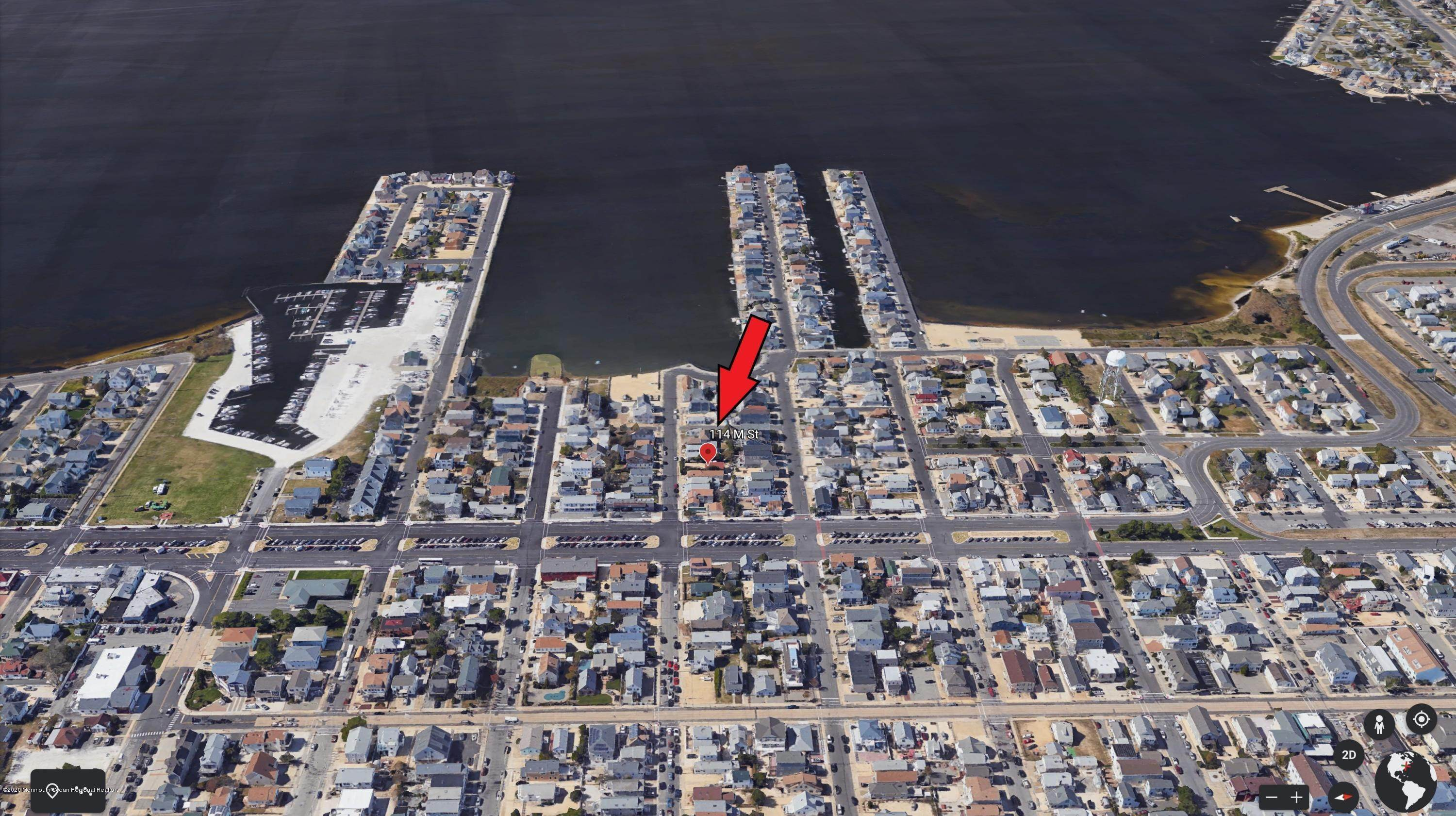 28. Single Family Homes for Sale at 114 M Street Seaside Park, New Jersey 08752 United States