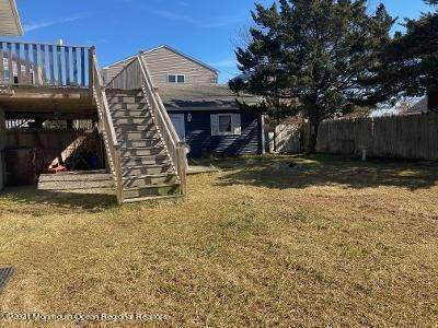 26. Single Family Homes for Sale at 256 Brennan Concourse Bayville, New Jersey 08721 United States