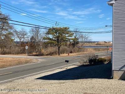 33. Single Family Homes for Sale at 256 Brennan Concourse Bayville, New Jersey 08721 United States