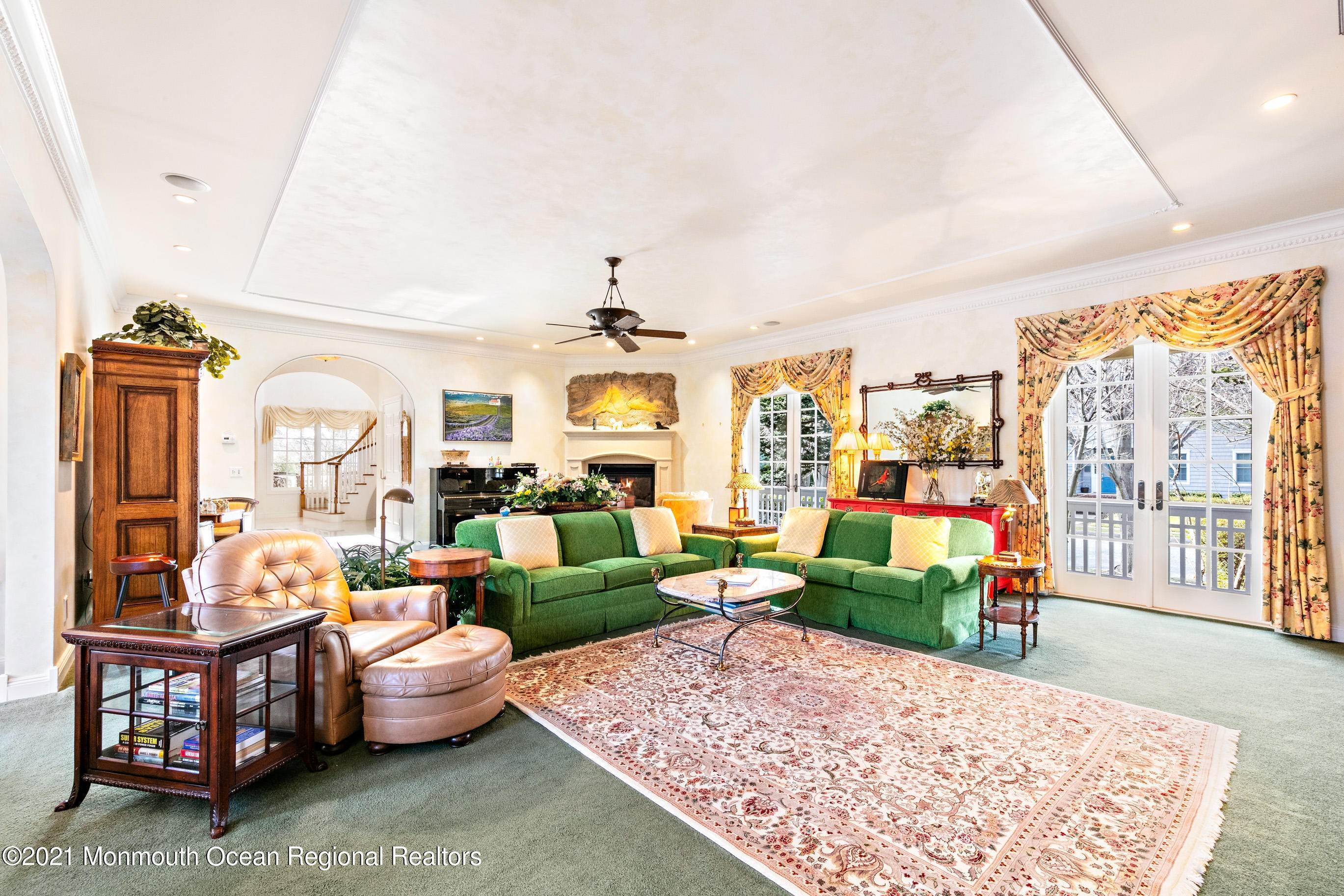 18. Single Family Homes for Sale at 117 New York Boulevard Sea Girt, New Jersey 08750 United States