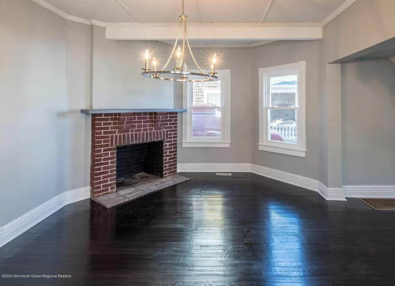 5. Single Family Homes for Sale at 36 Slocum Place Long Branch, New Jersey 07740 United States
