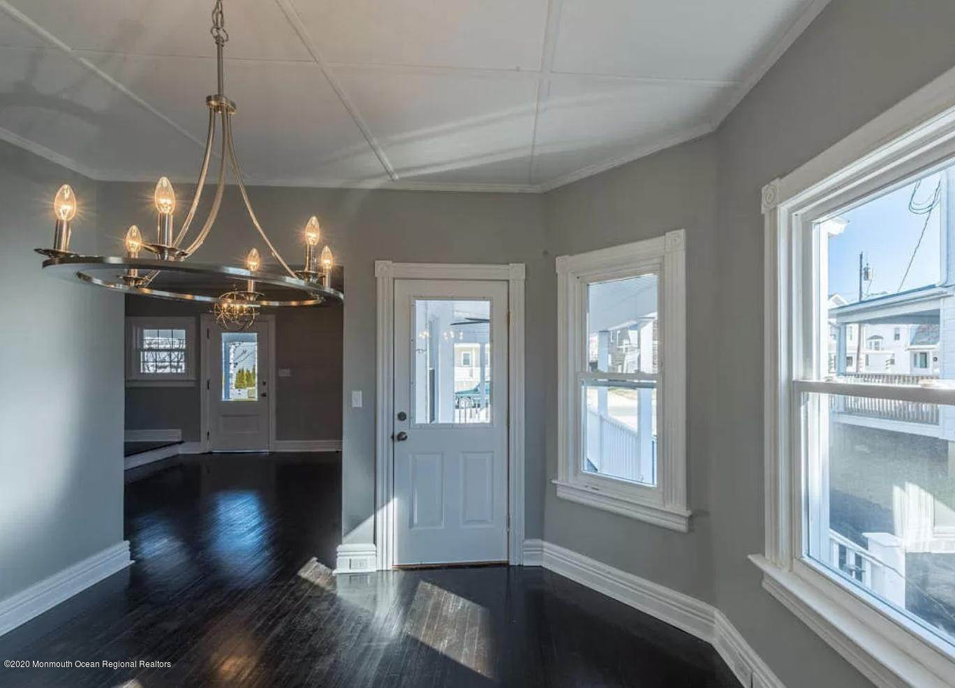 8. Single Family Homes for Sale at 36 Slocum Place Long Branch, New Jersey 07740 United States