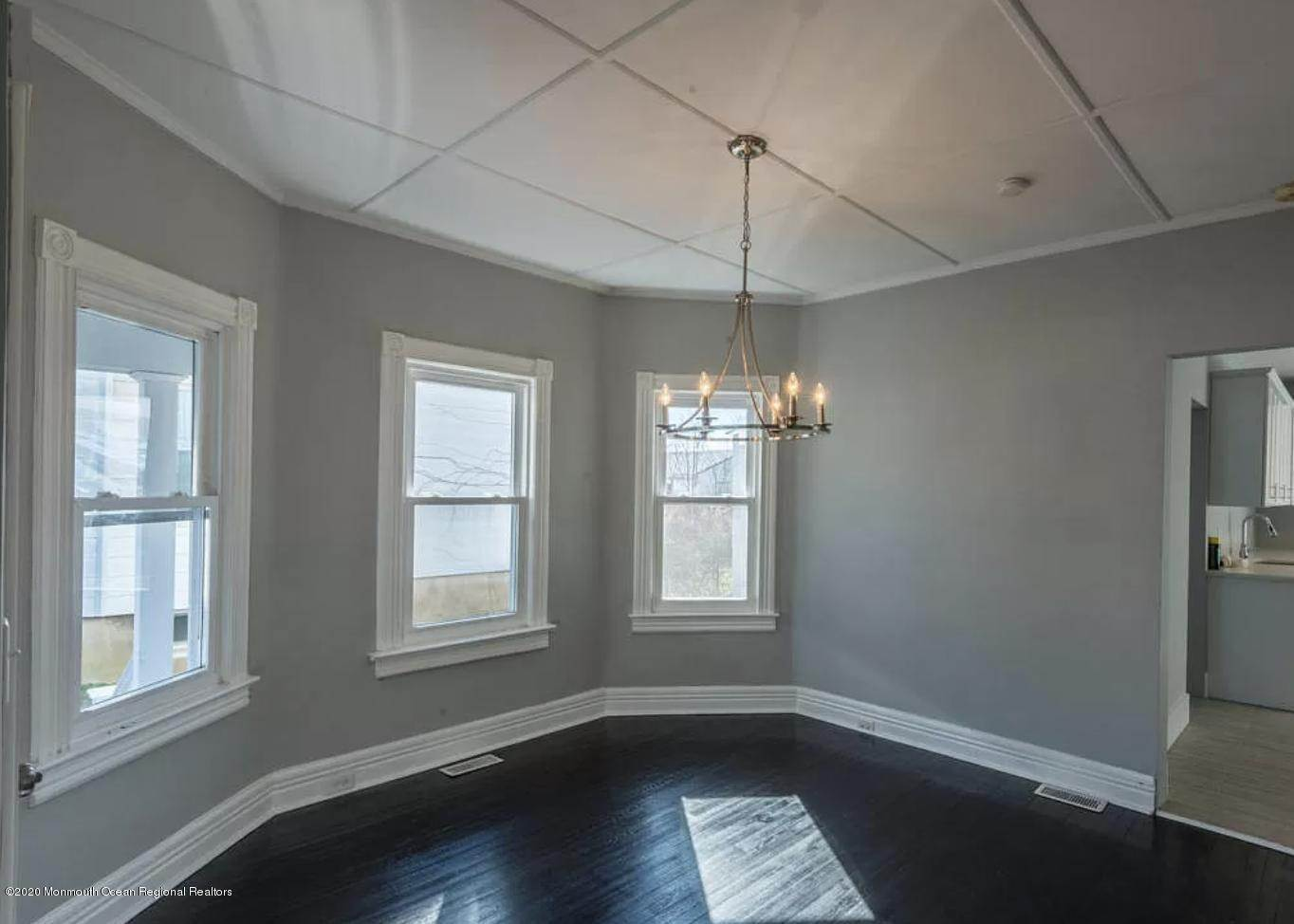 10. Single Family Homes for Sale at 36 Slocum Place Long Branch, New Jersey 07740 United States