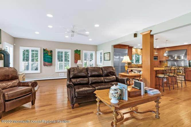 20. Single Family Homes for Sale at 248 Park Avenue Bay Head, New Jersey 08742 United States